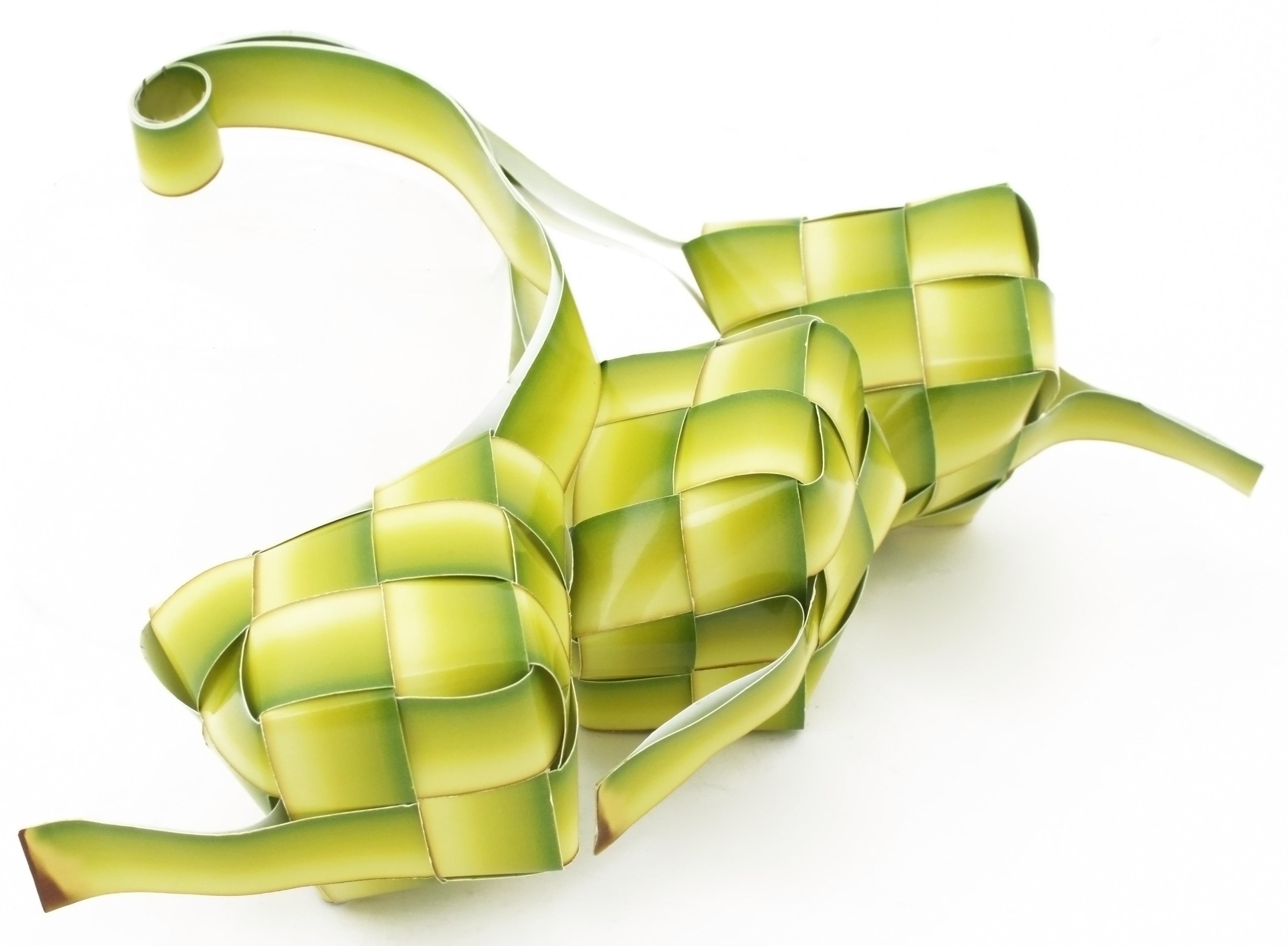 Description Drawing of three ketupat - 02.jpg