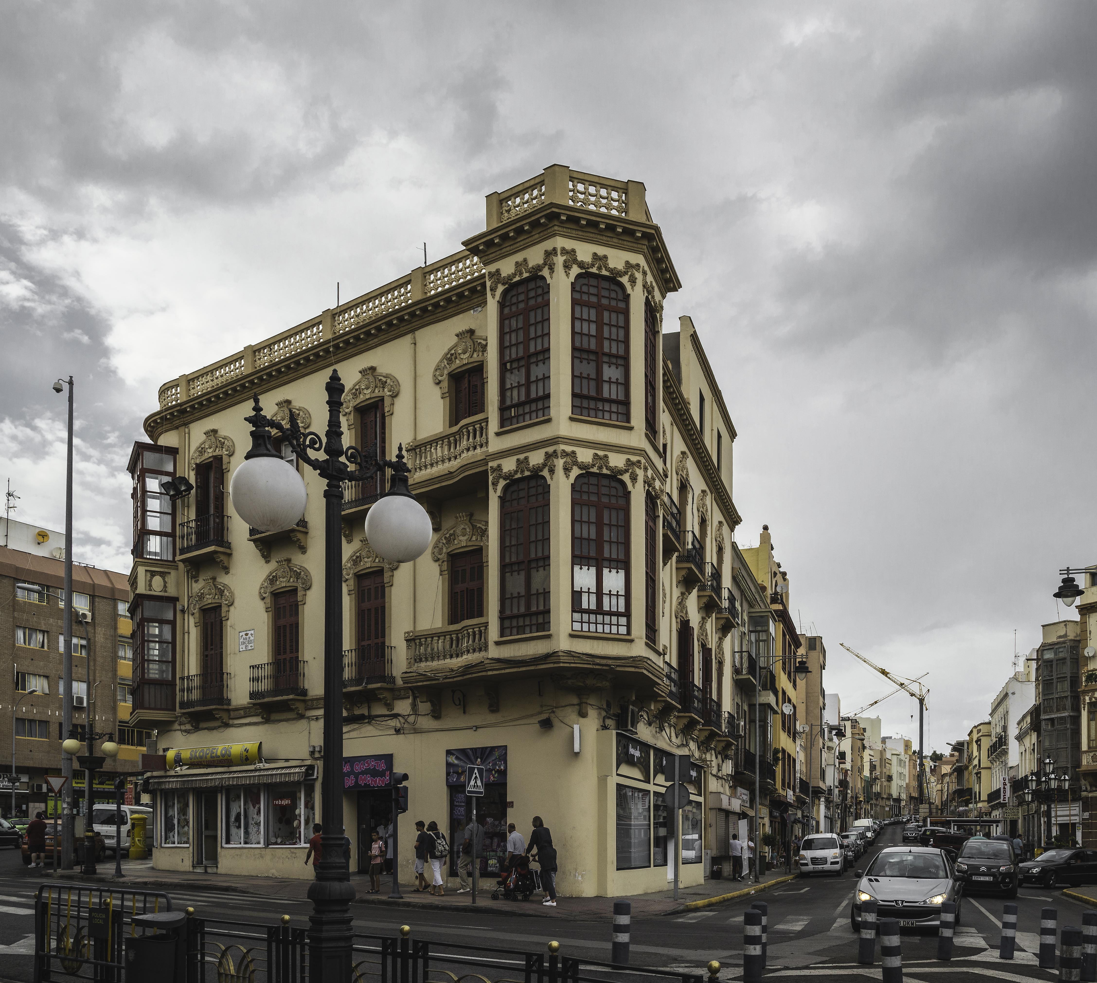 File edificio calle castelar 1 a os for Calle castelar