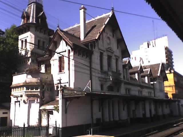 Archivo:Estación Ramos Mejía 02.JPG