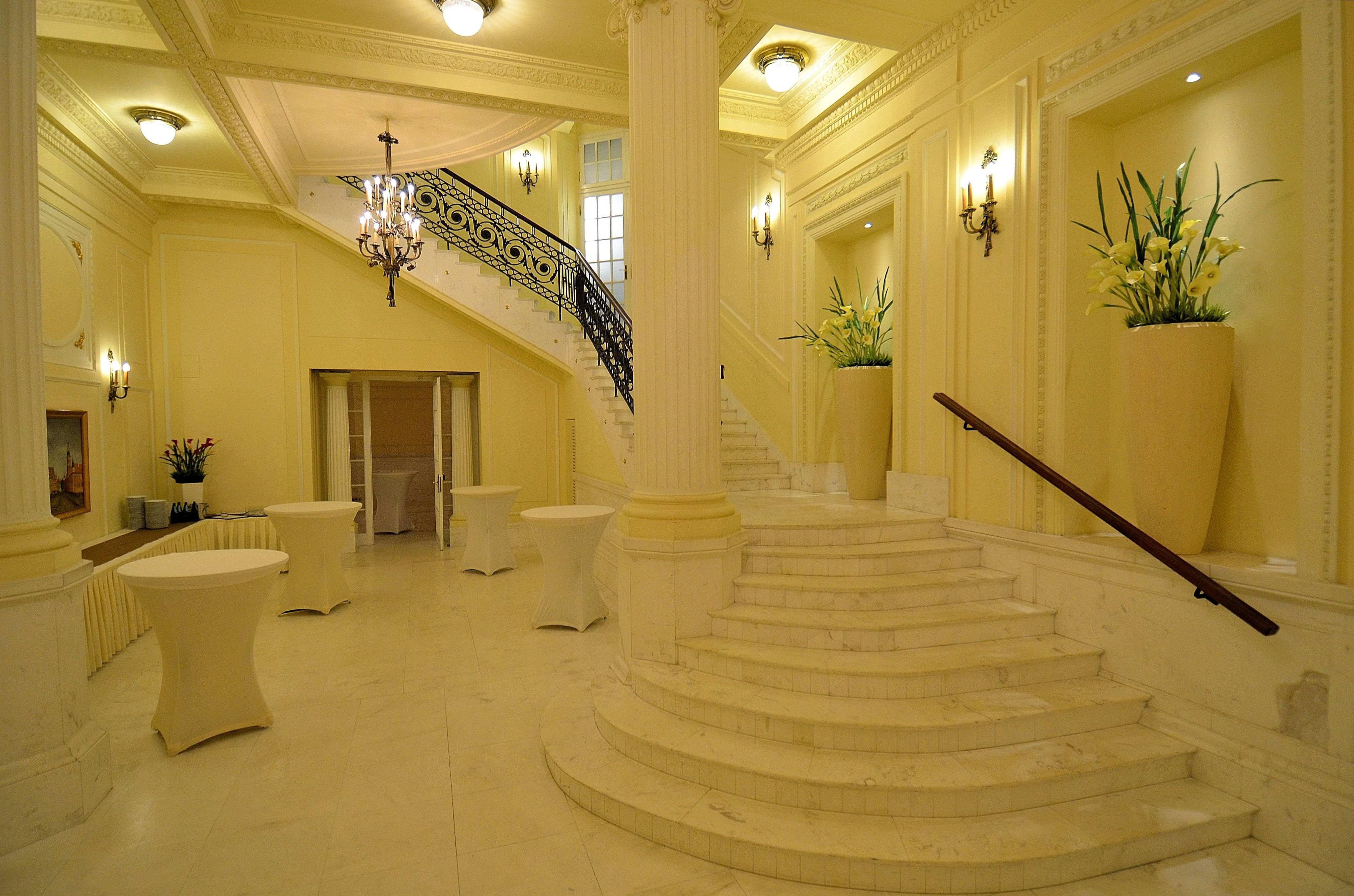 file foyer sala ludwikowska hotel polonia warszawa jpg wikimedia commons. Black Bedroom Furniture Sets. Home Design Ideas