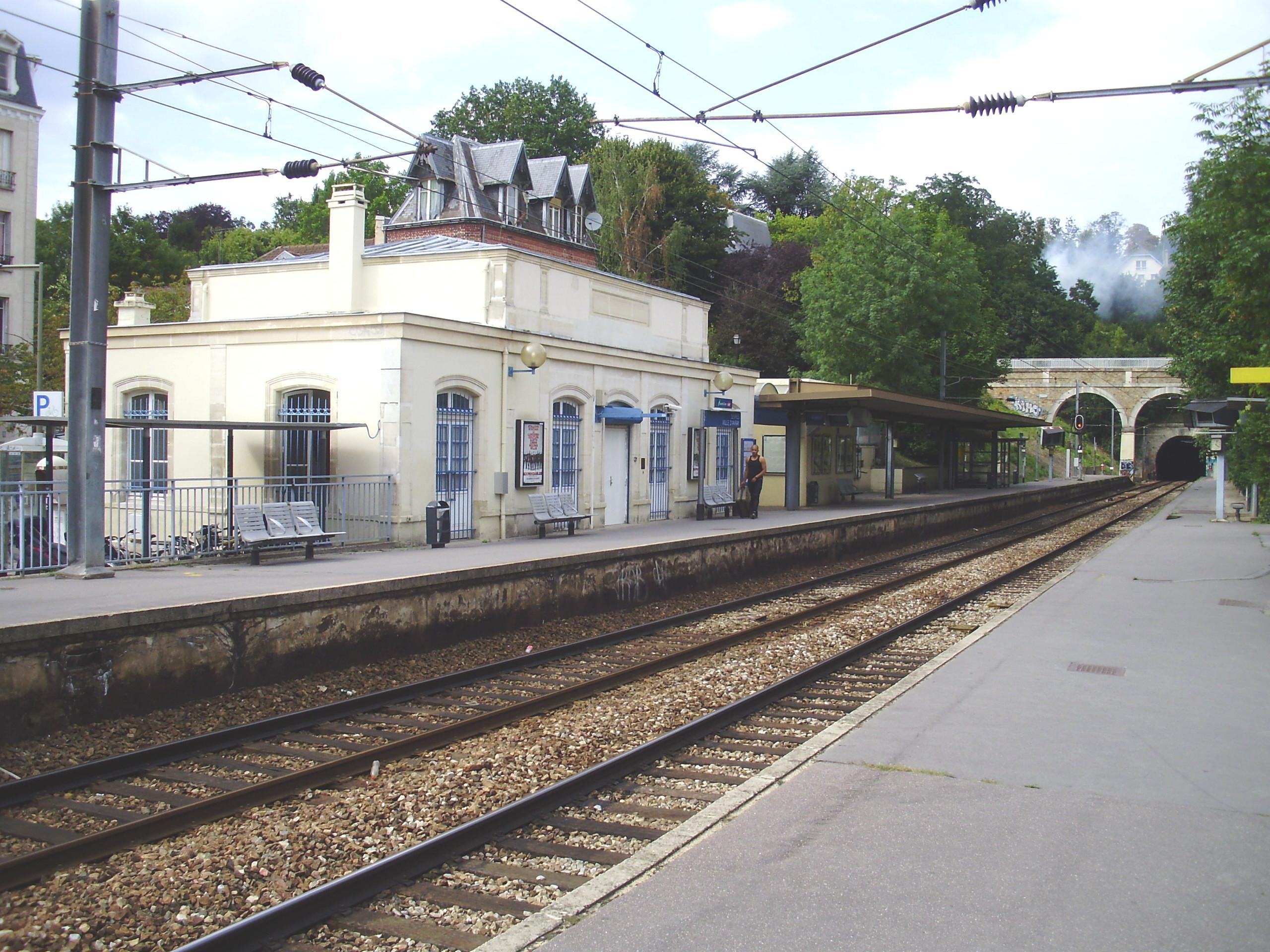 Rue De Sevres Ville D Avray