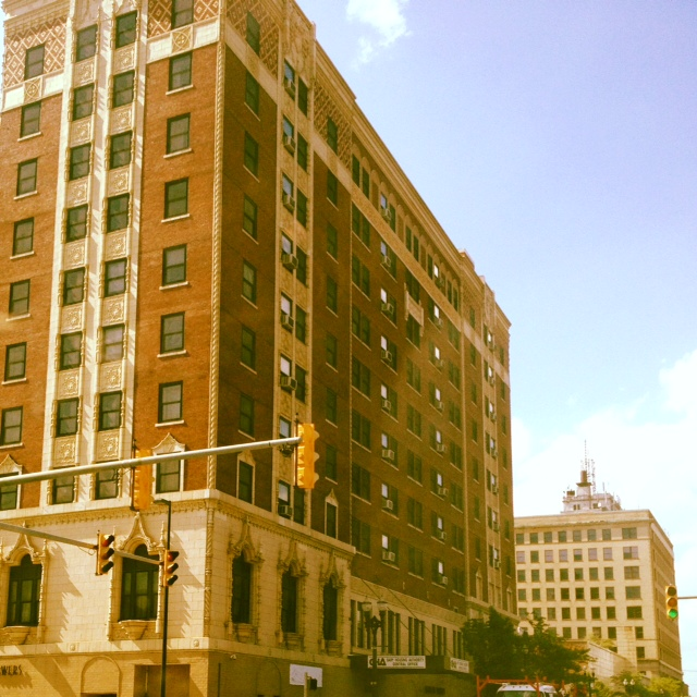 Genesis Towers %26 Gary State Bank.JPG