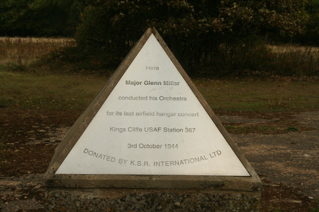File:Glenn Miller Memorial at RAF Kingscliffe - geograph.org.uk - 1533492.jpg