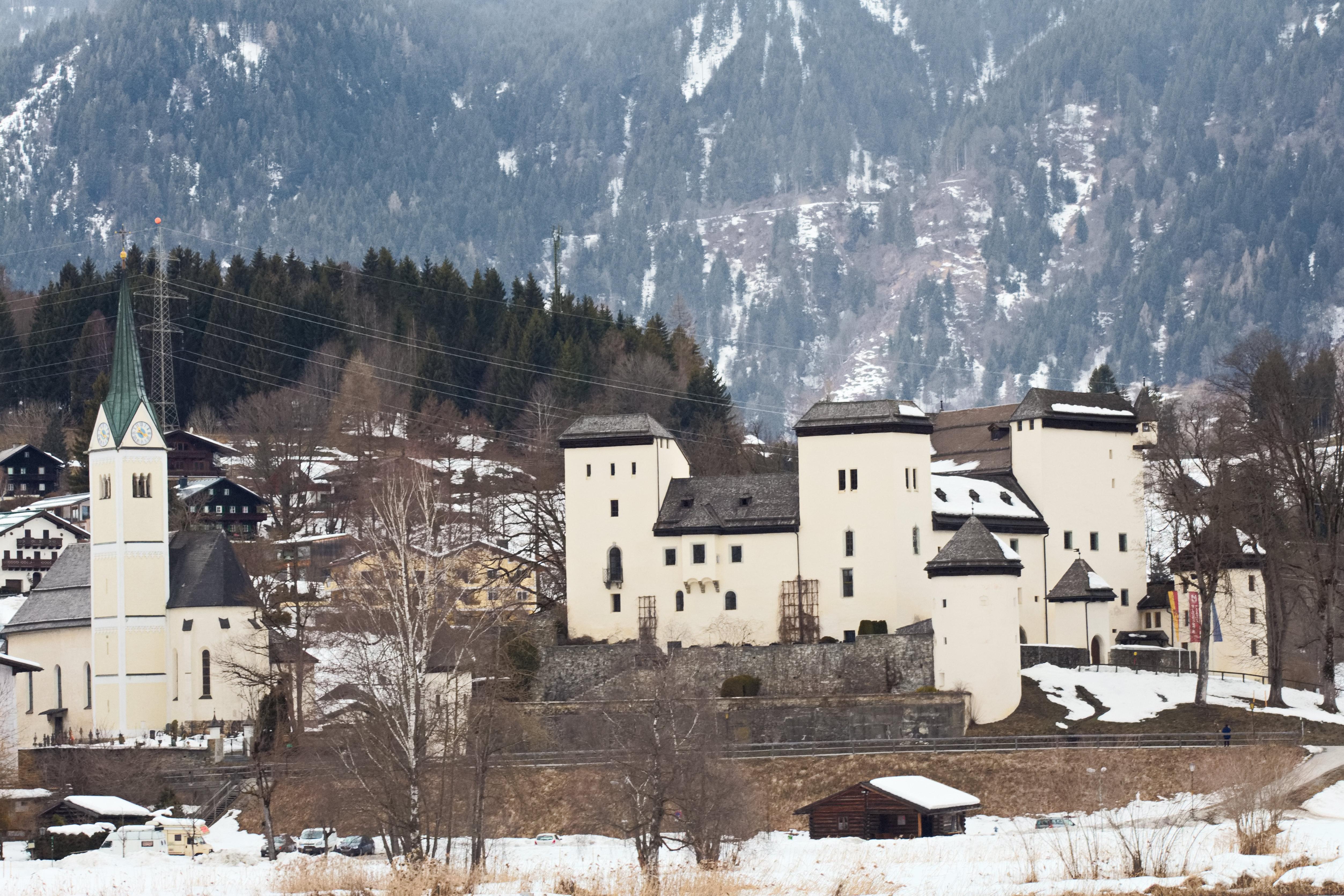 Schloss Goldegg - comunidadelectronica.com
