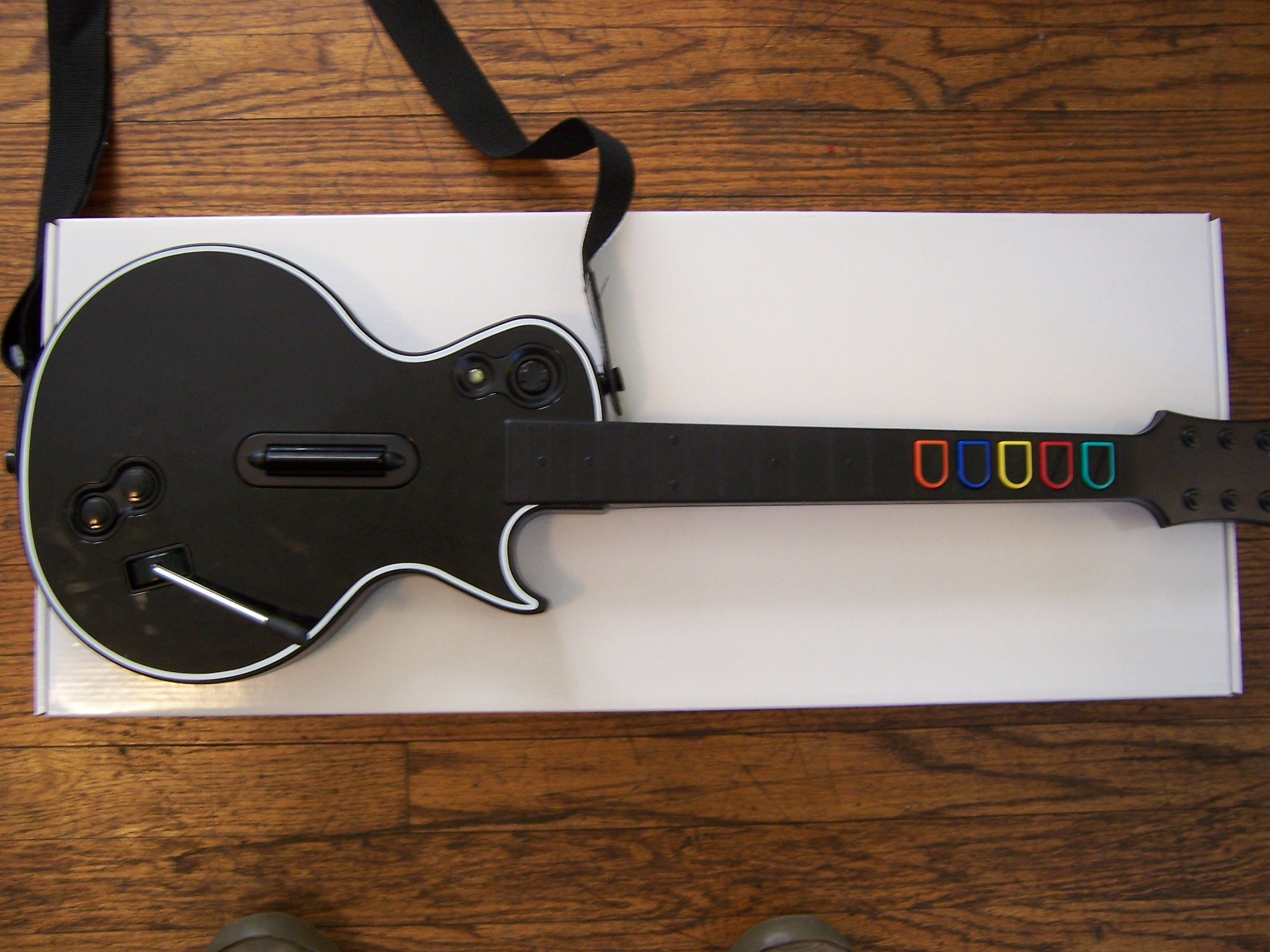 File:Guitar Hero 3 - black controller for ...