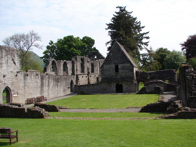 Inchmahome Priory Ruin - geograph.org.uk - 1563254