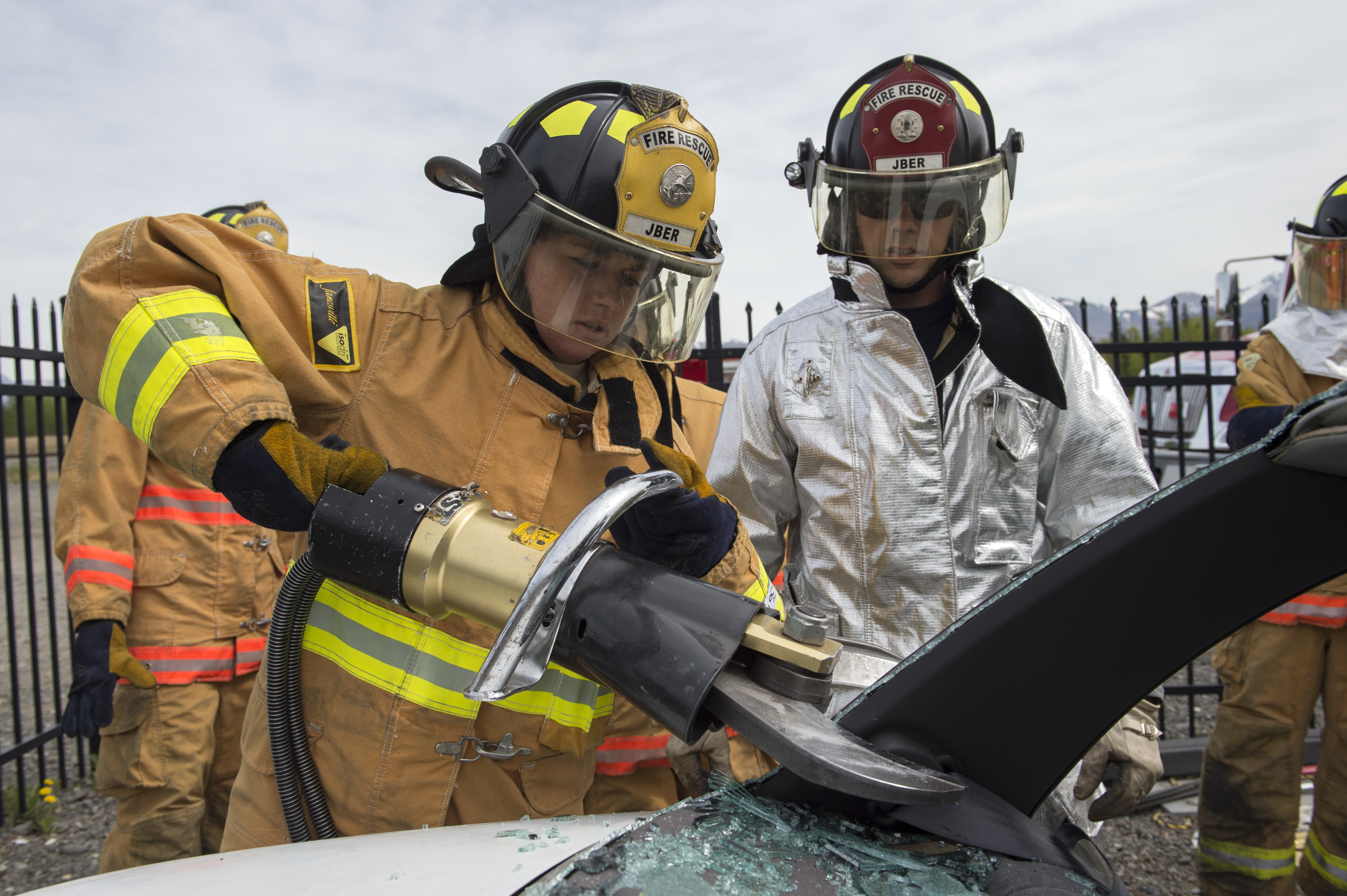 File:JBER firefighters conduct live-fire and rescue training 150520