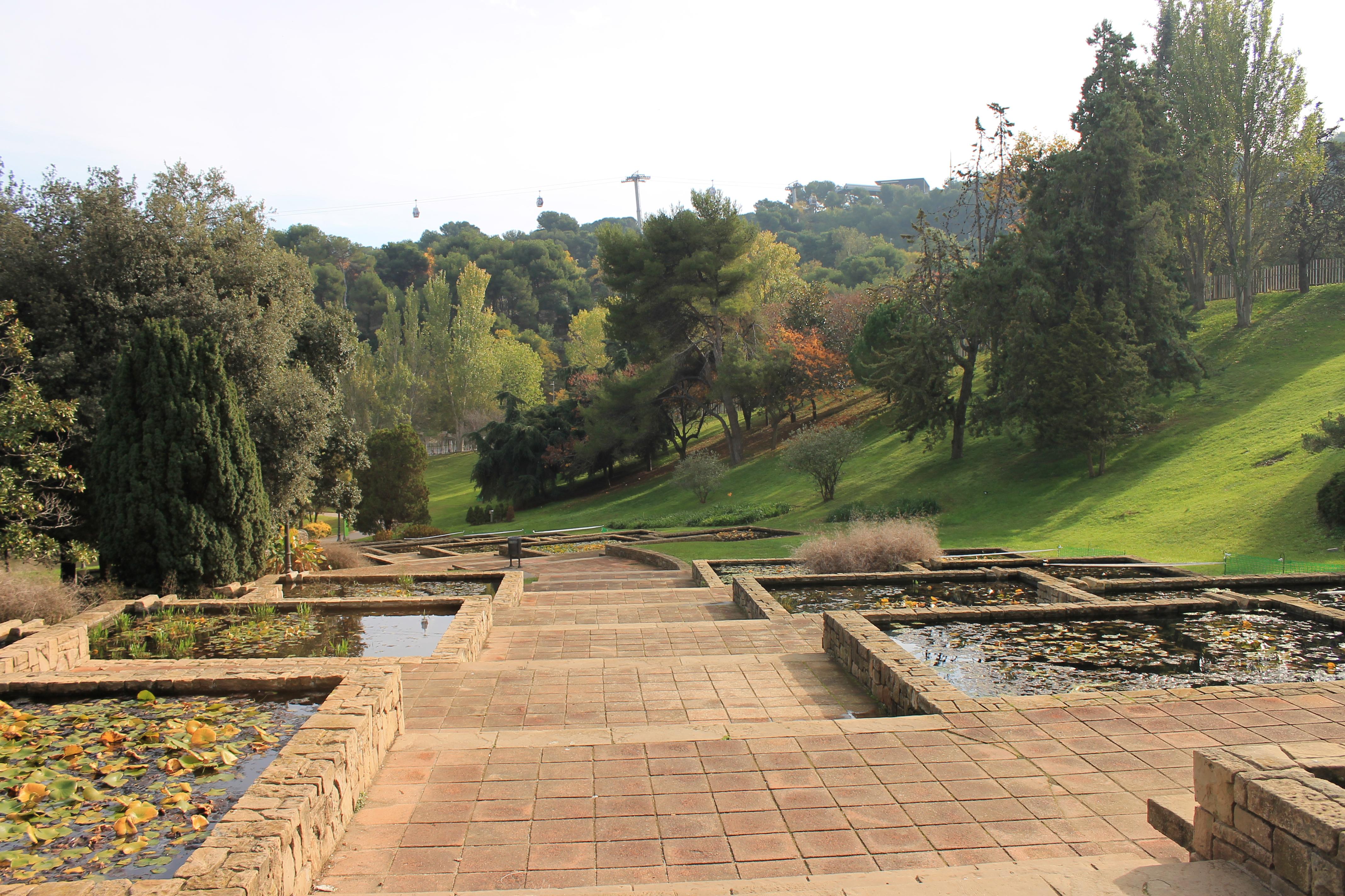 File Jardins al parc de Montjuic JPG Wikimedia mons