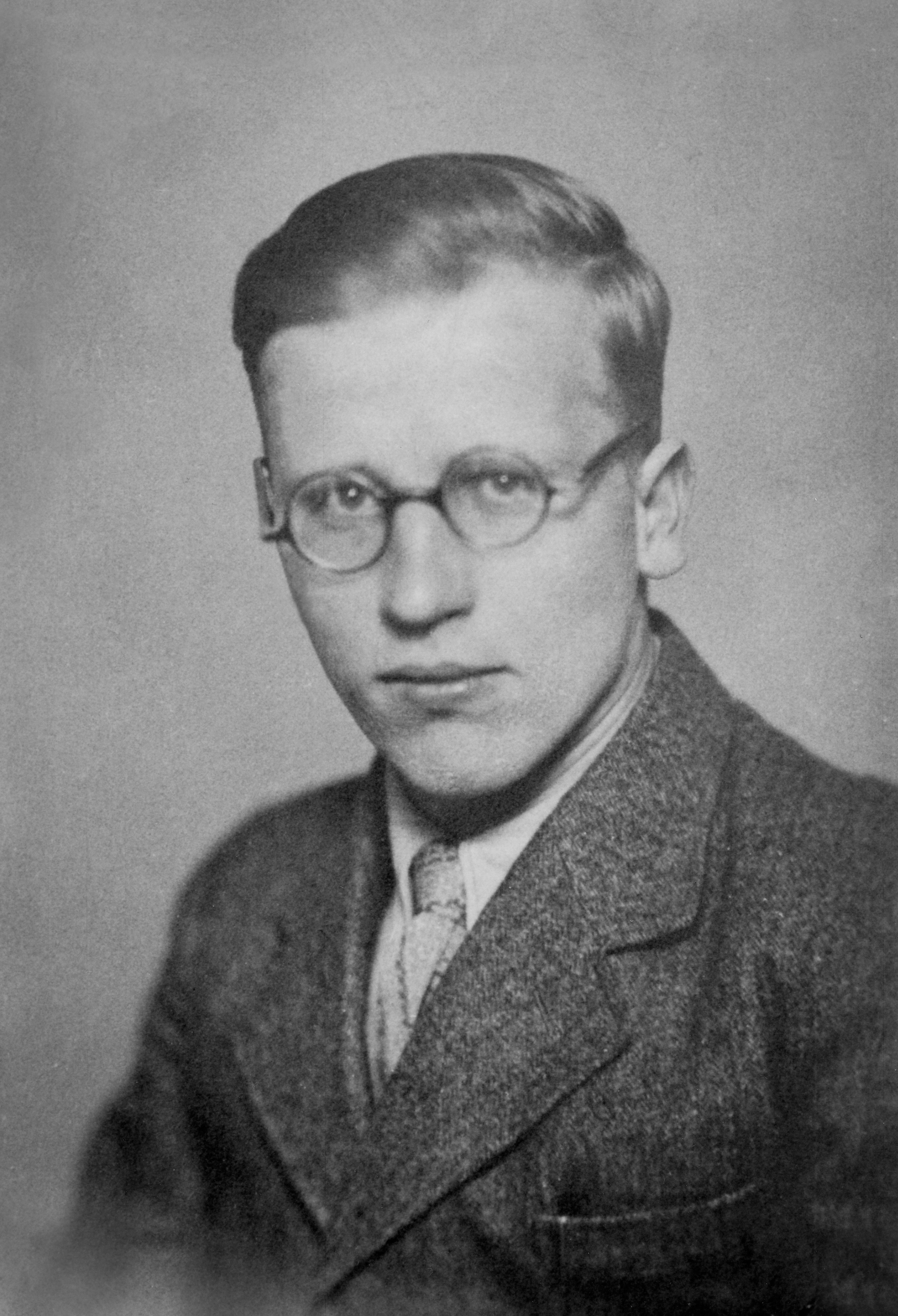 File Karl Fischer  16  November 1934 Jpg