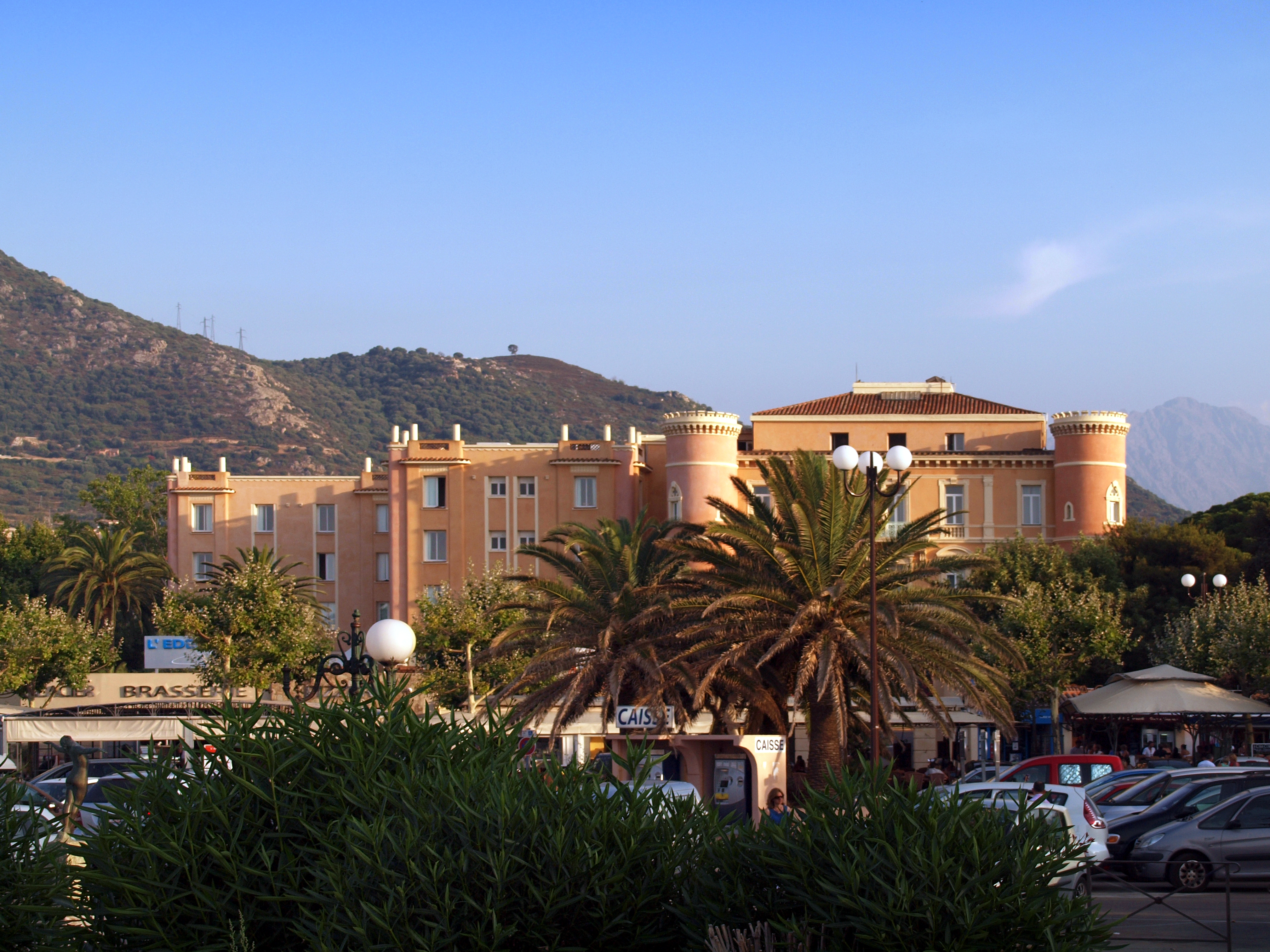 File l 39 le rousse h tel napol on wikimedia for Hotels ile rousse