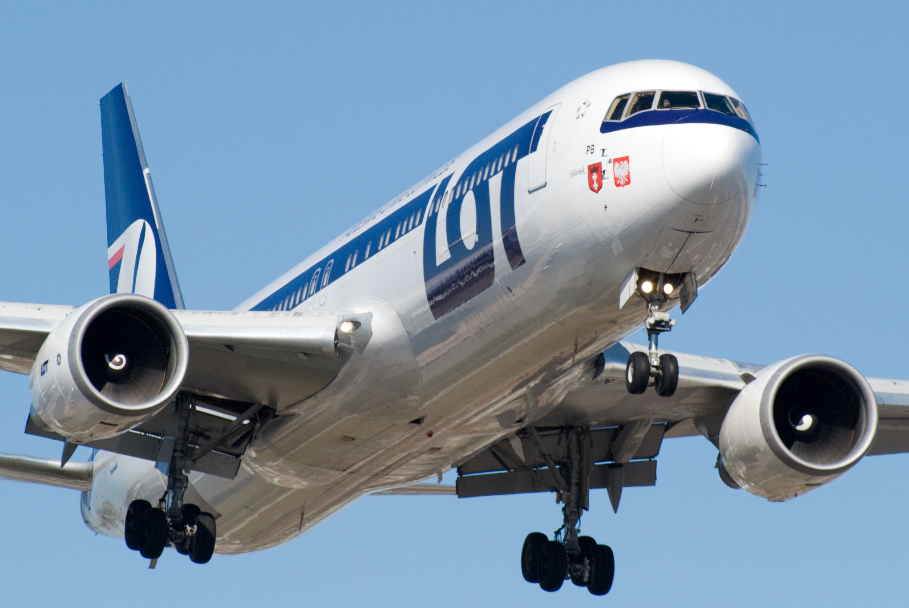 LOT-Polish air line (LOT Polish Airlines). Official sayt.2