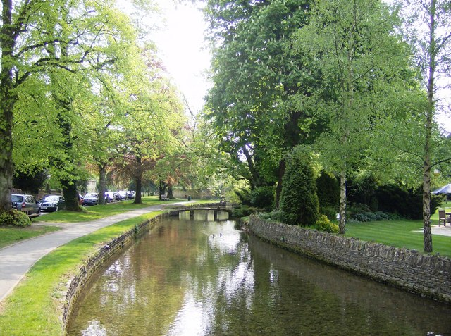 Lower Slaughter without the tourists - geograph.org.uk - 447350