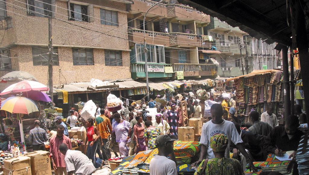 Lagos Nigeria  City new picture : Market in Lagos, Nigeria