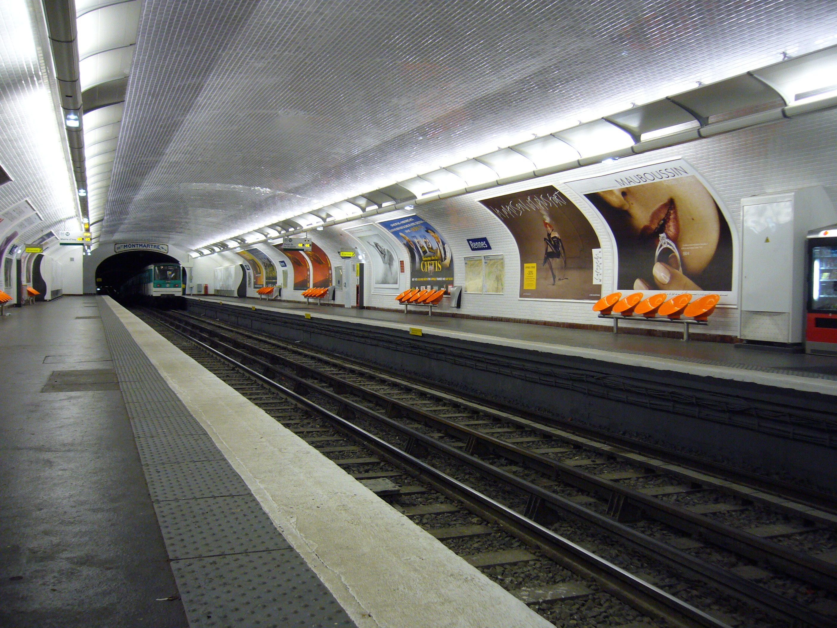 file metro paris ligne 12 station wikimedia commons. Black Bedroom Furniture Sets. Home Design Ideas