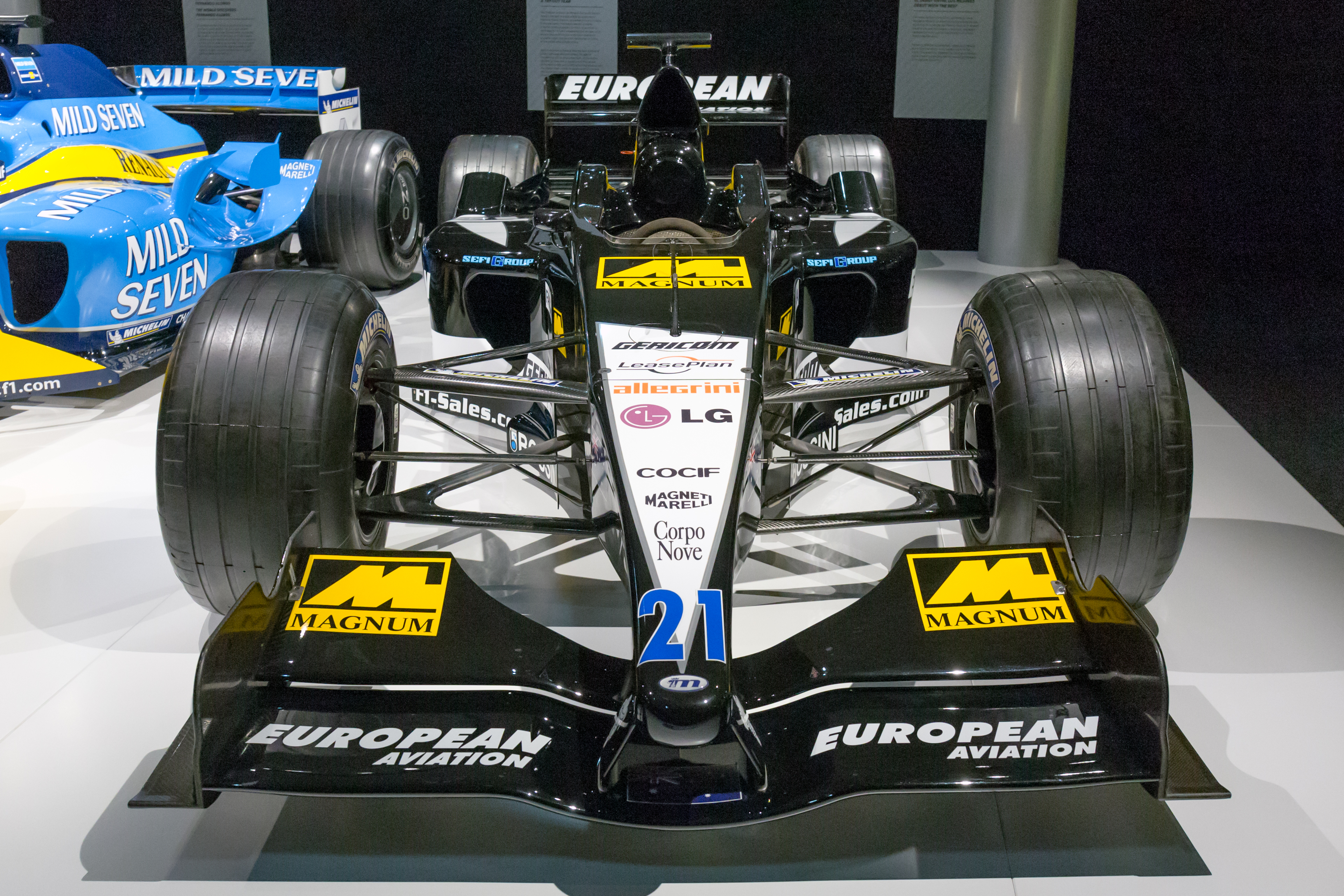 Museo Y Circuito Fernando Alonso : Fórmula fernando alonso inaugura su museo y circuito en oviedo