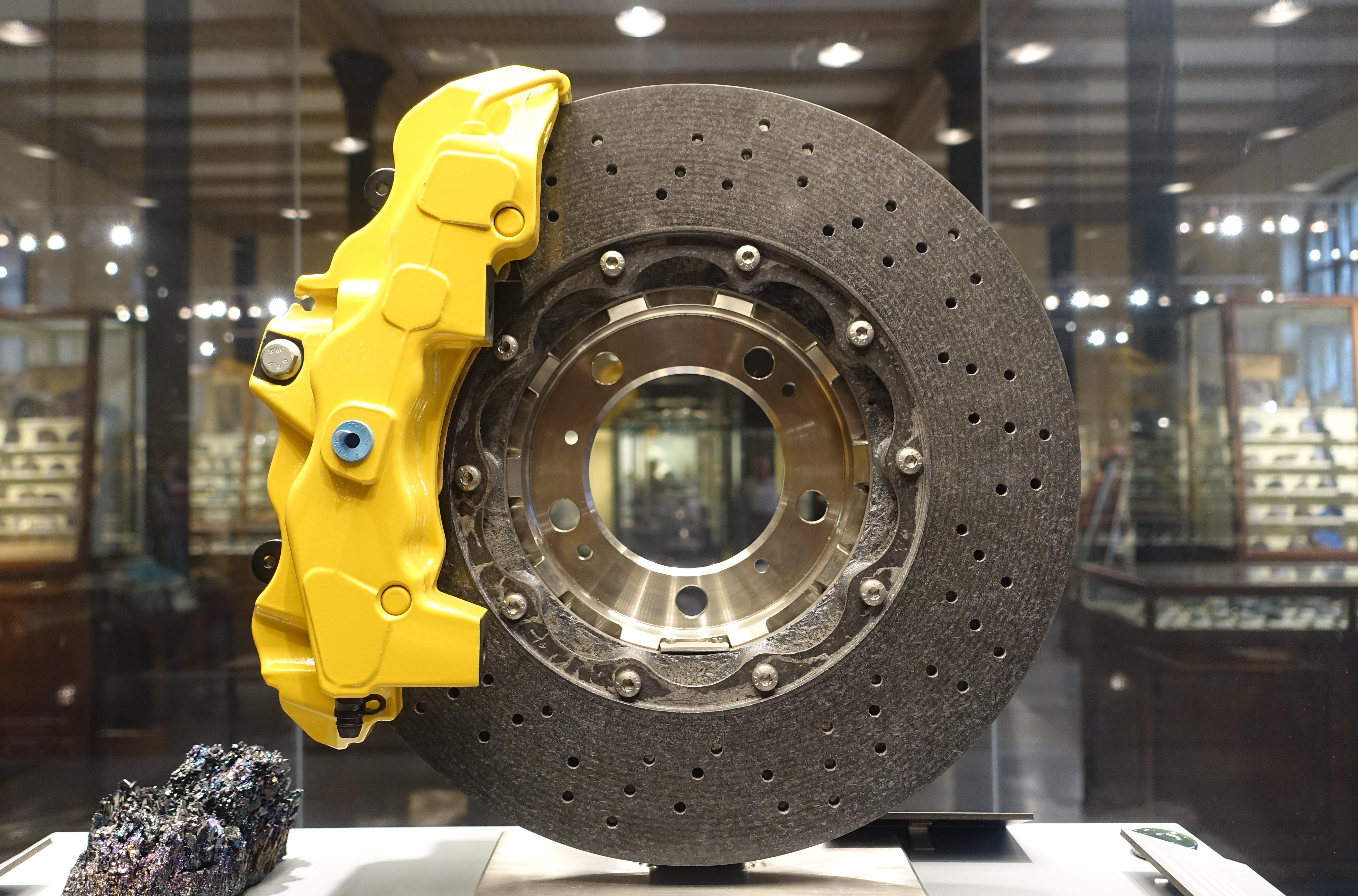 File Porsche Ceramic Composite Brake With Silicon Carbide Museum Fur Naturkunde Berlin