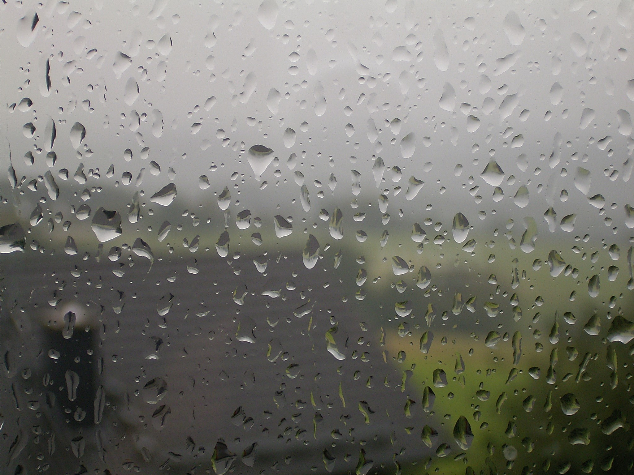 ����� ���� ����� Rain_drops_on_window_02_ies.jpg