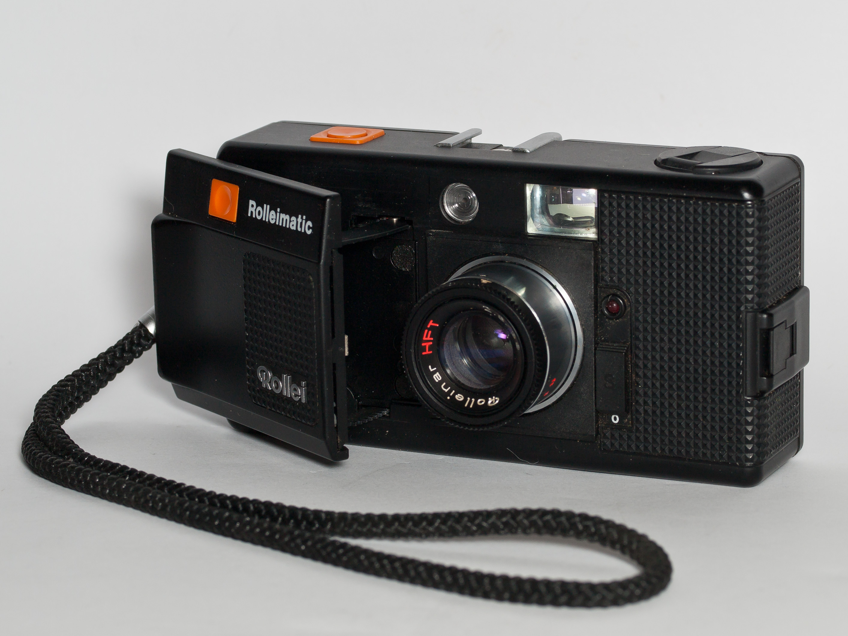 File:Rolleimatic 35mm film camera 2.jpg - Wikimedia Commons