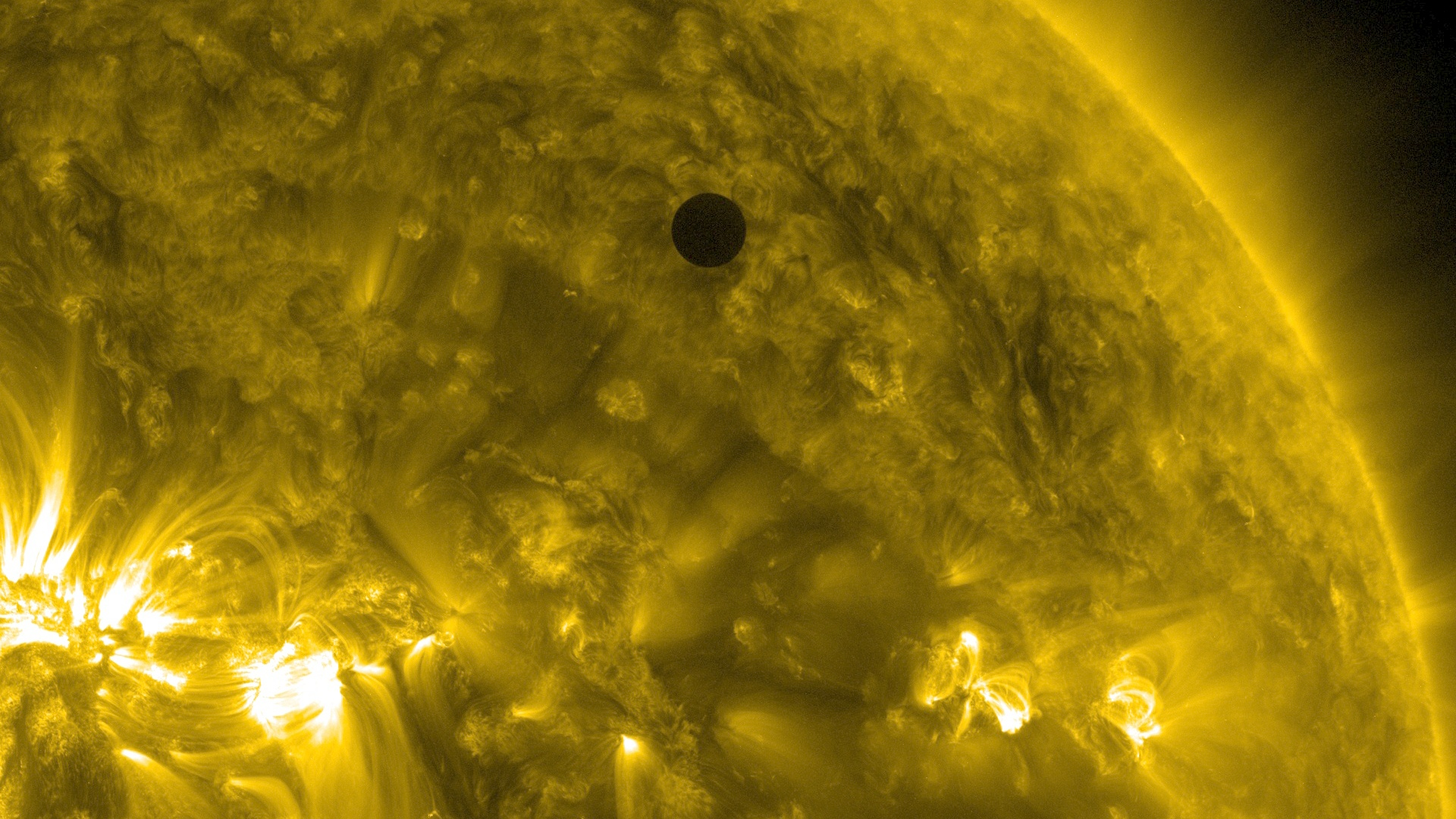 file:sdo's ultra-high definition view of 2012 venus transit (171