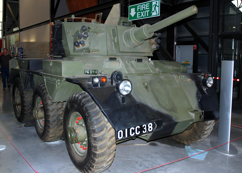 File:Saladin armoured car, Shropshire Model Show 2015, RAF