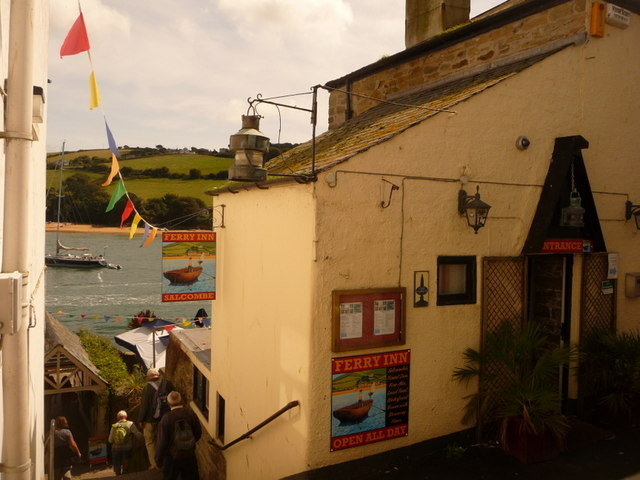 Salcombe, Ferry Inn and steps to the ferry - geograph.org.uk - 1465524
