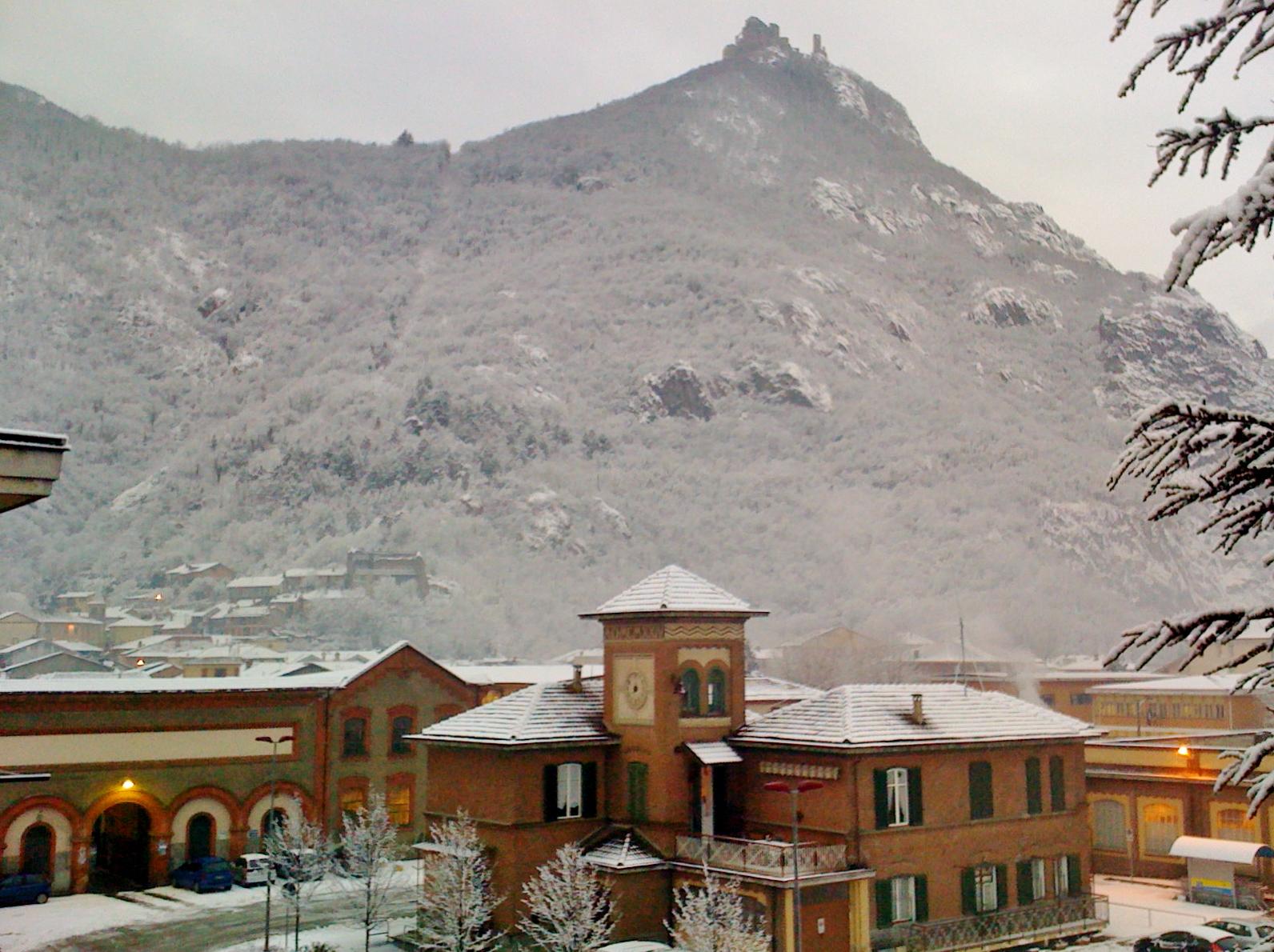 Datei:Sant\'Ambrogio di Torino - Borgo Superiore e Sacra di ...