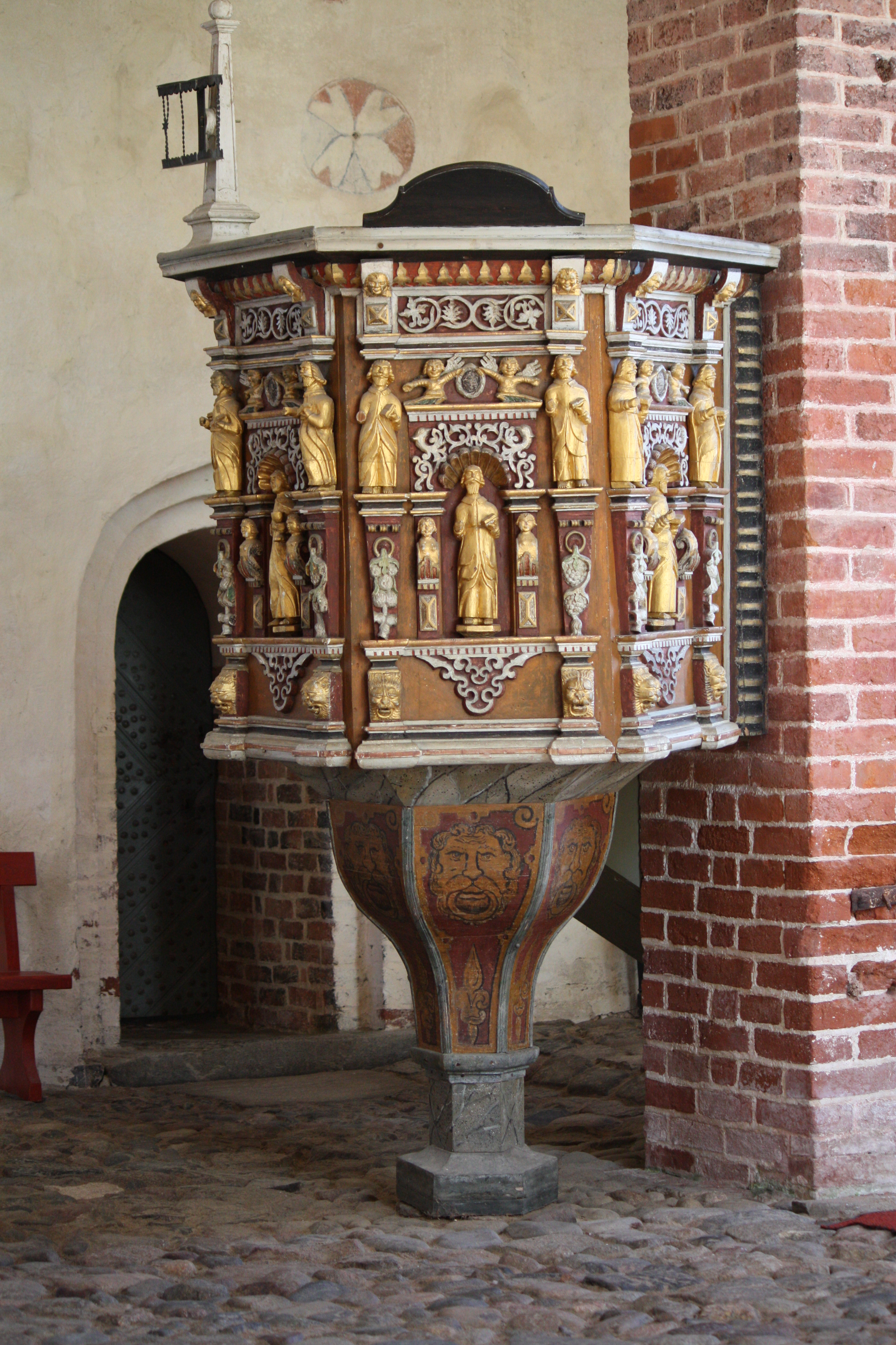 Good Pulpits For Churches #1: Sipoo_Old_Church_-_Pulpit_C_IMG_8901.JPG