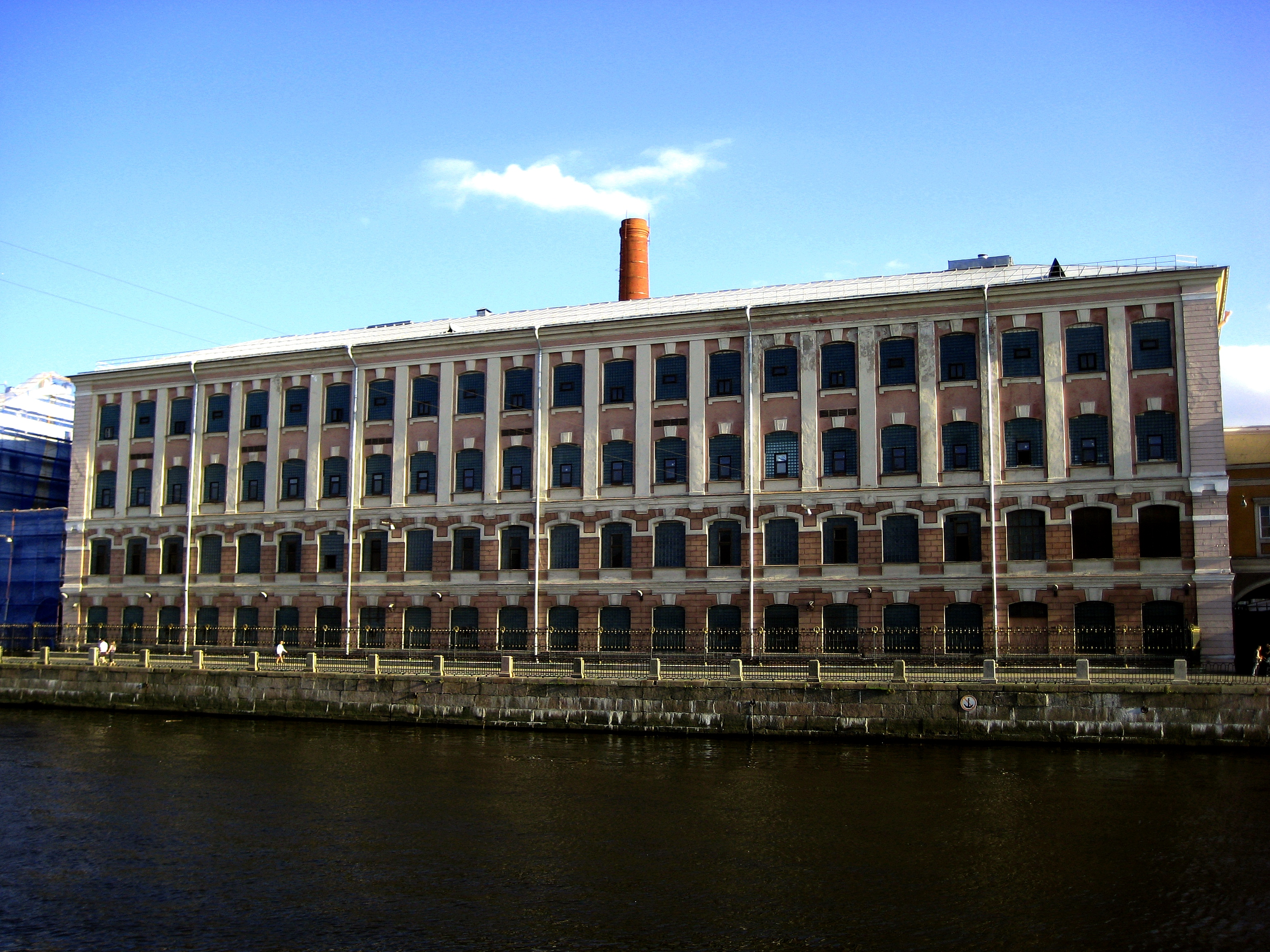 File st petersburg the production building paper factory for Production builder