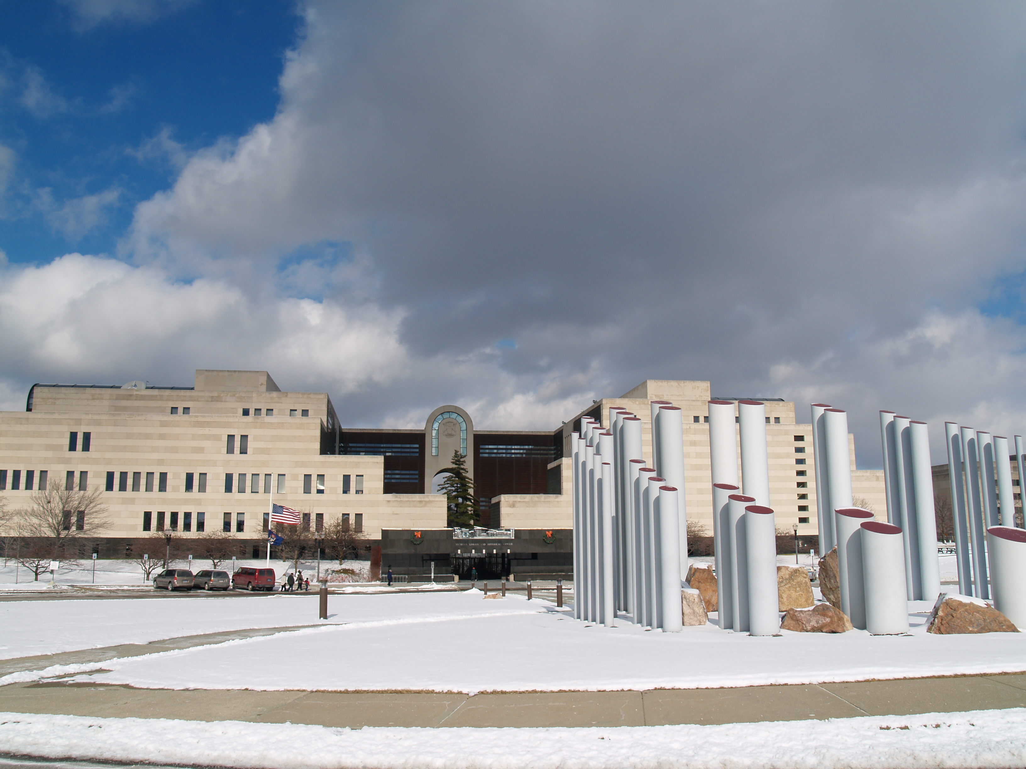 Center Line Mi >> File:State of Michigan Library and Historical Center, snow ...