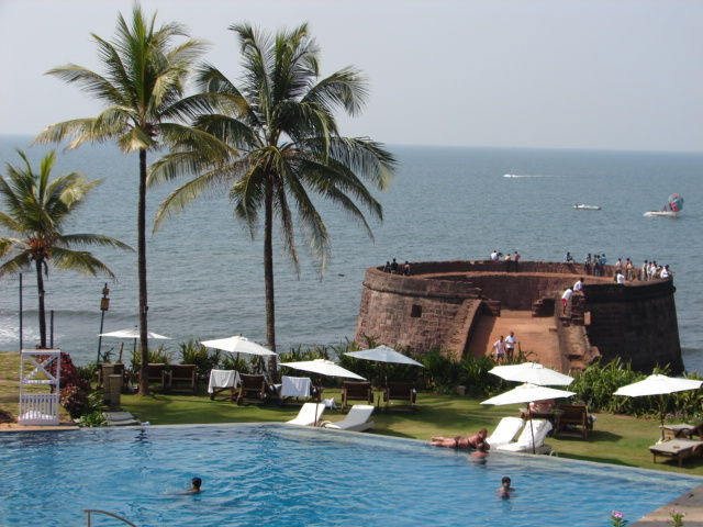 File:Taj Fort Aguada Beach Resort Hotel Goa 3.JPG
