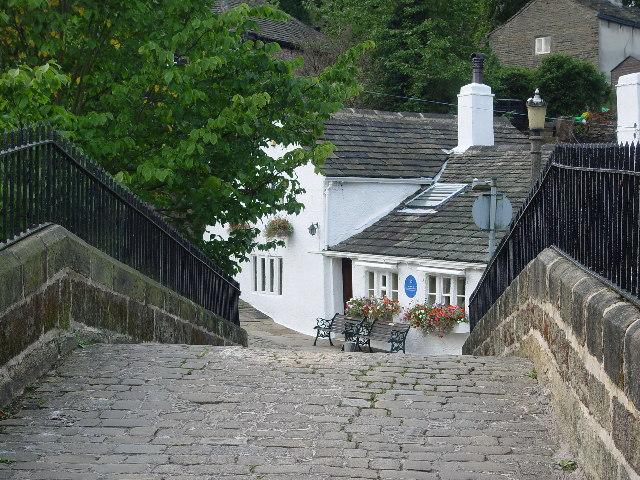 The Old Bridge Inn, Ripponden - geograph.org.uk - 52152