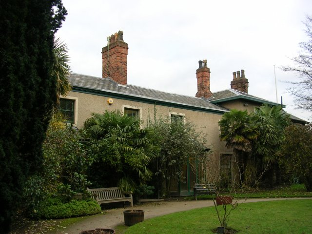 The Old Parsonage, Didsbury - geograph.org.uk - 253356