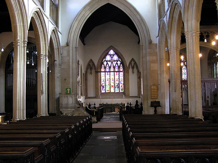 File:Thornbury.church.interior.arp.750pix.jpg - Wikimedia Commons