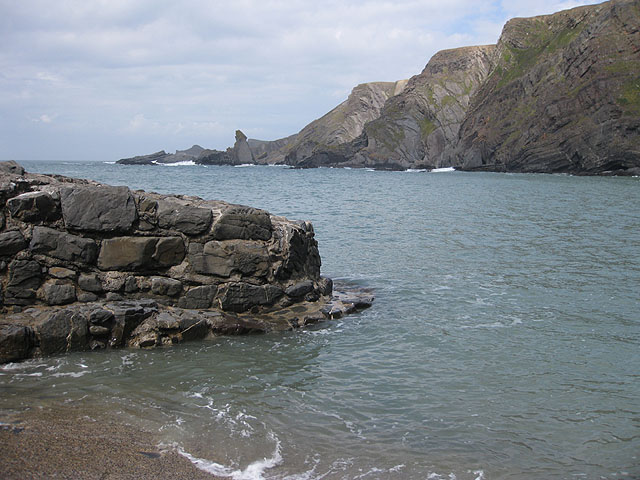 Tide's in at Hartland Quay - geograph.org.uk - 1332895