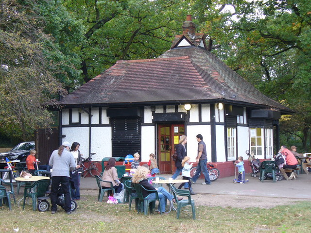 Tooting Bec Common Cafe - geograph.org.uk - 1014322