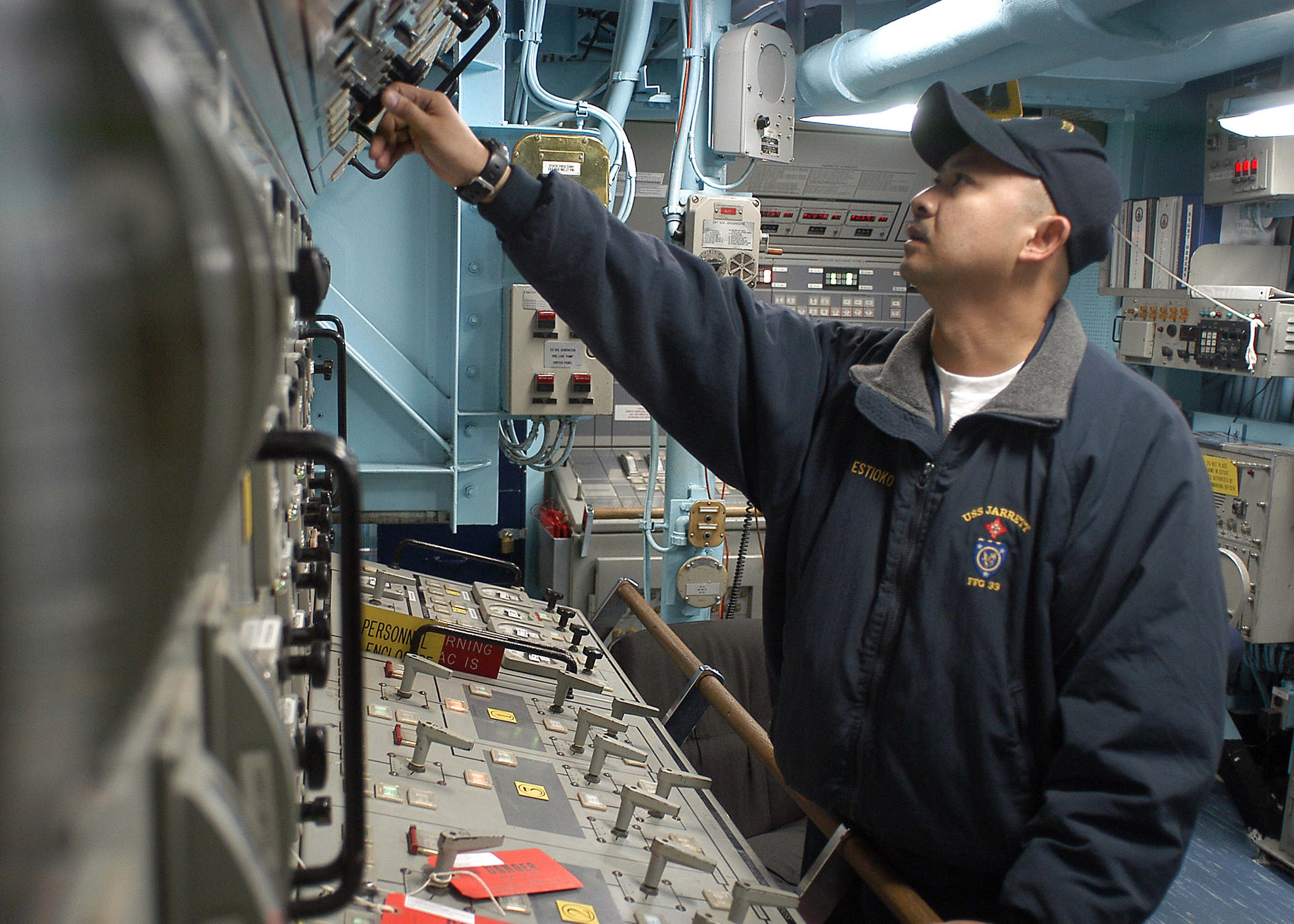 File US Navy N 9421C 008 Gas Turbine System Technician