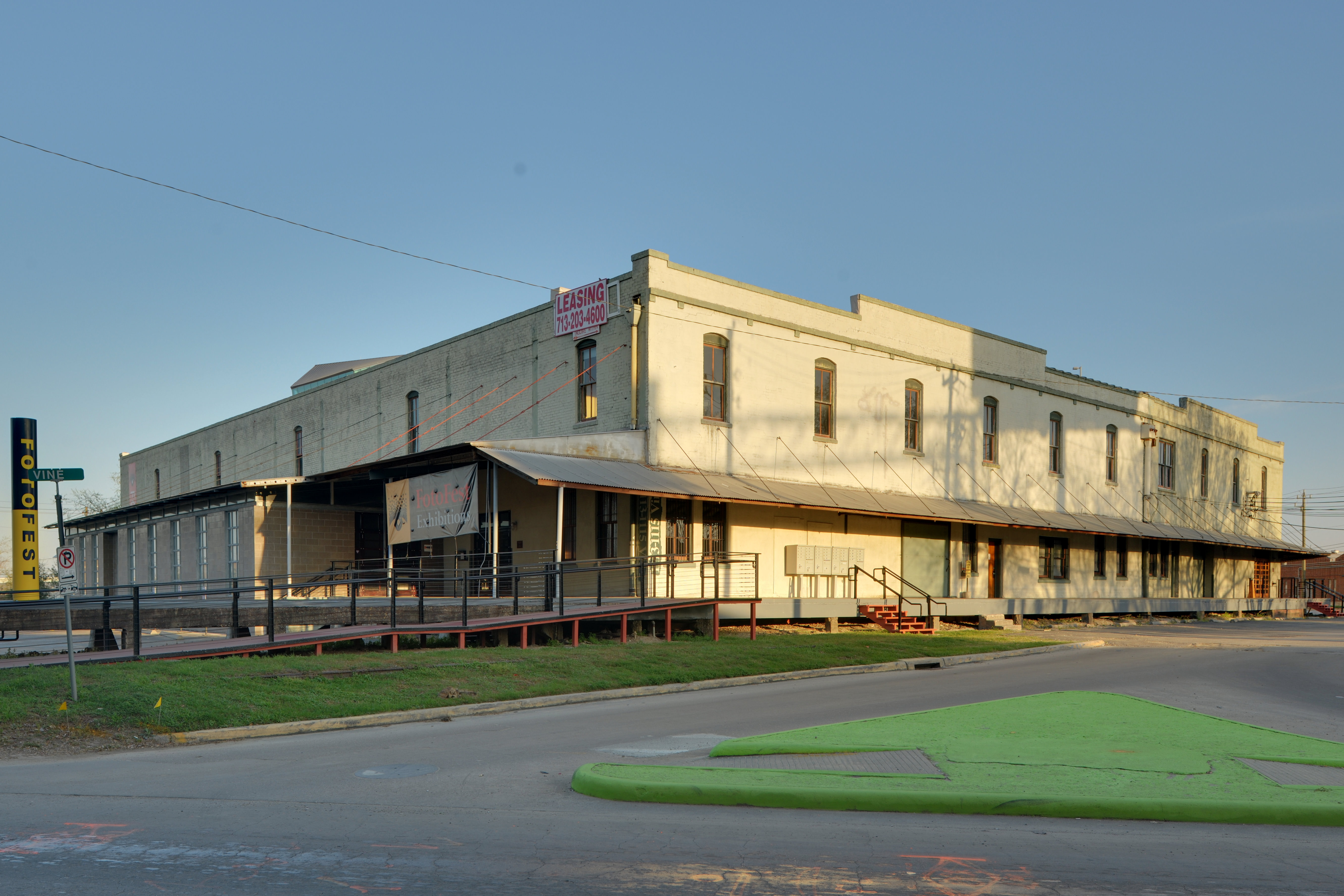 Awesome File:Union Transfer And Storage Building (1113 Vine St Houston)