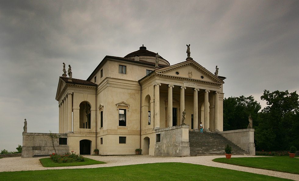 Ренесансна архитектура Villa_Rotonda_side