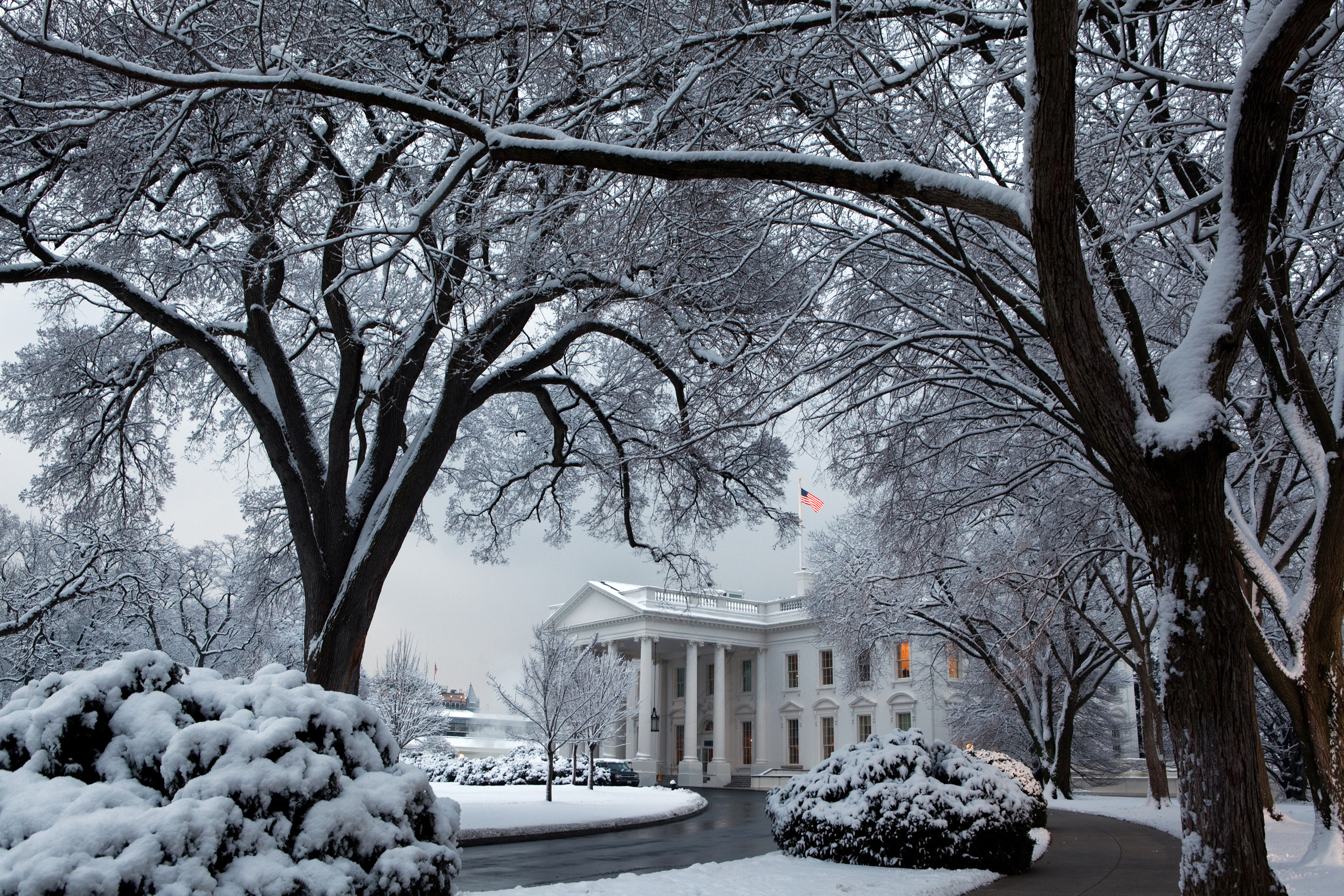 File White House In Winter Snow Jpg