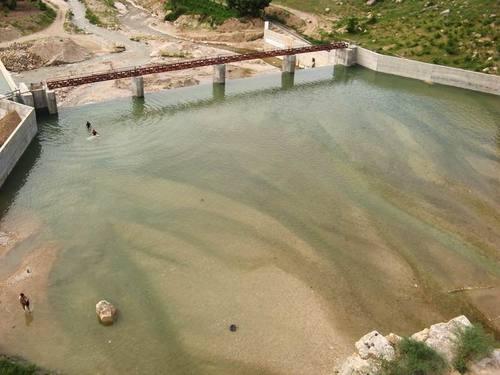 File:آب بند رودخانه شرآباد.jpg
