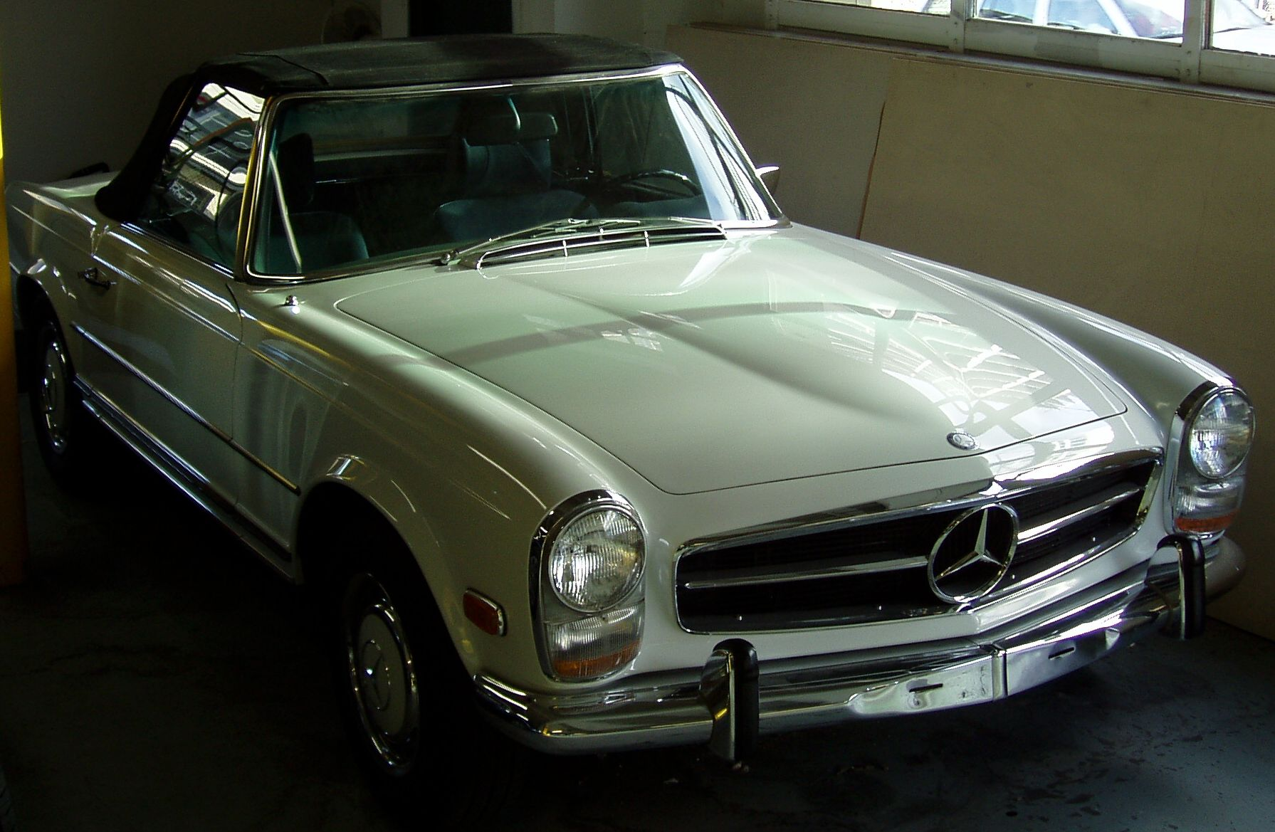 File 1968 mercedes benz 280sl 1 jpg wikimedia commons for 1968 mercedes benz