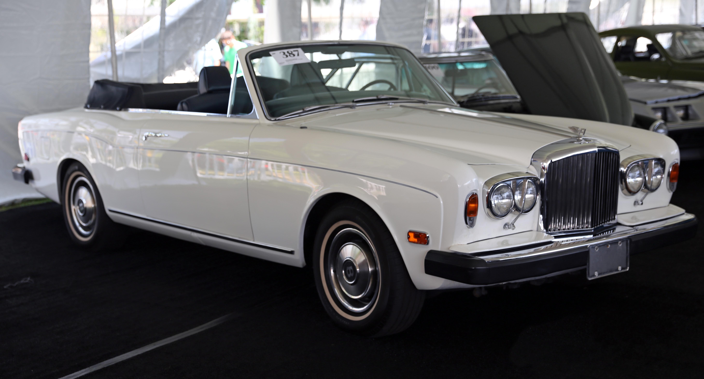 File:1974 Bentley Corniche DHC (US).jpg - Wikimedia Commons