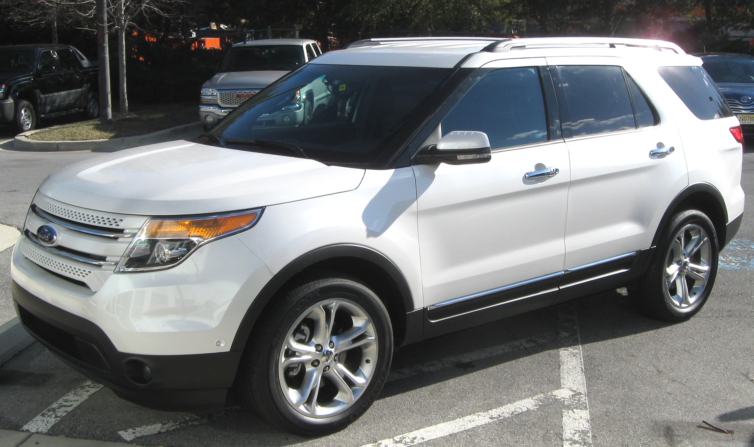 2011 Ford Explorer Limited >> File 2011 Ford Explorer Limited 12 15 2010 2 Jpg