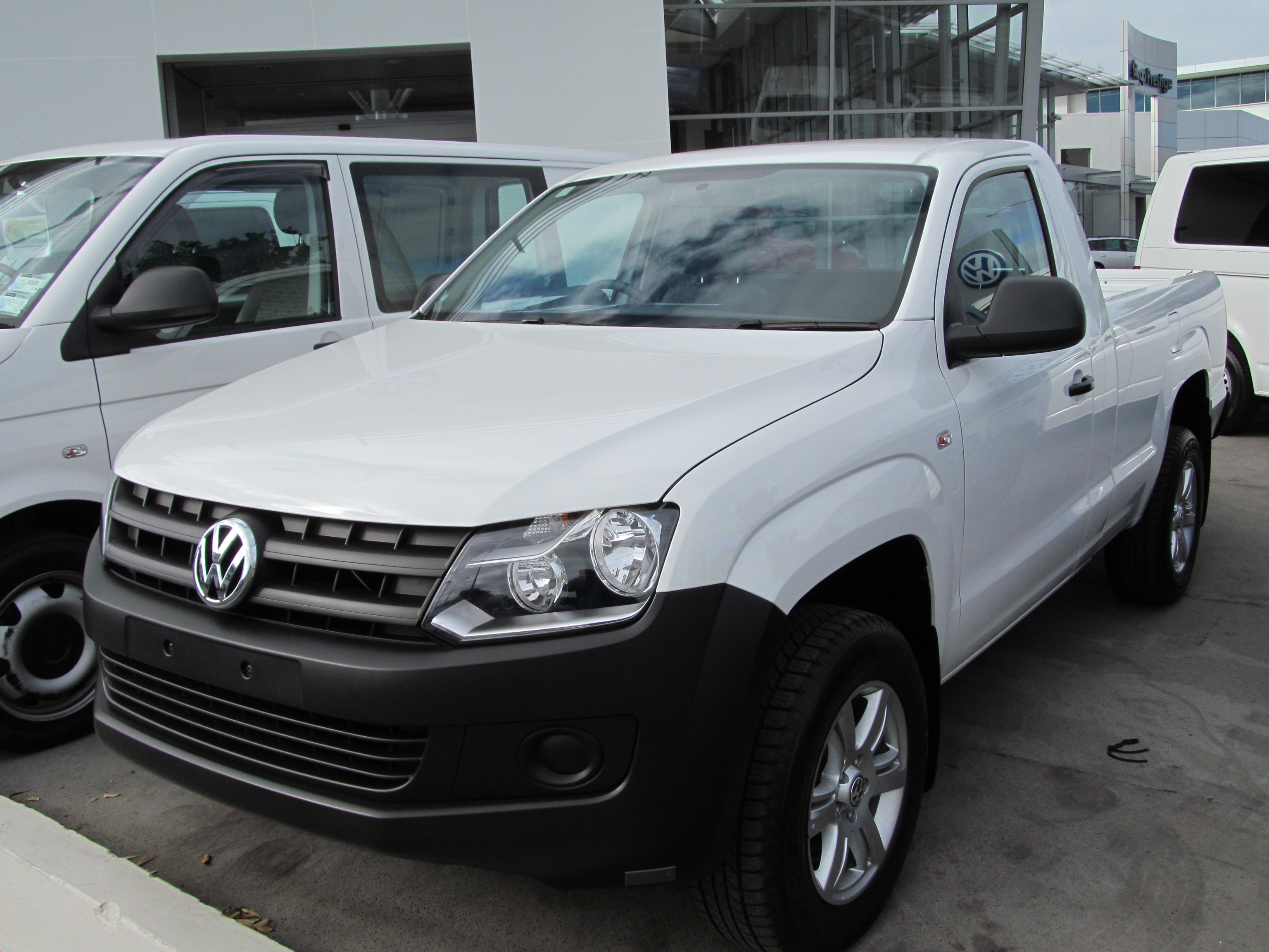 file 2013 volkswagen amarok tdi 2wd single cab 8610529883. Black Bedroom Furniture Sets. Home Design Ideas