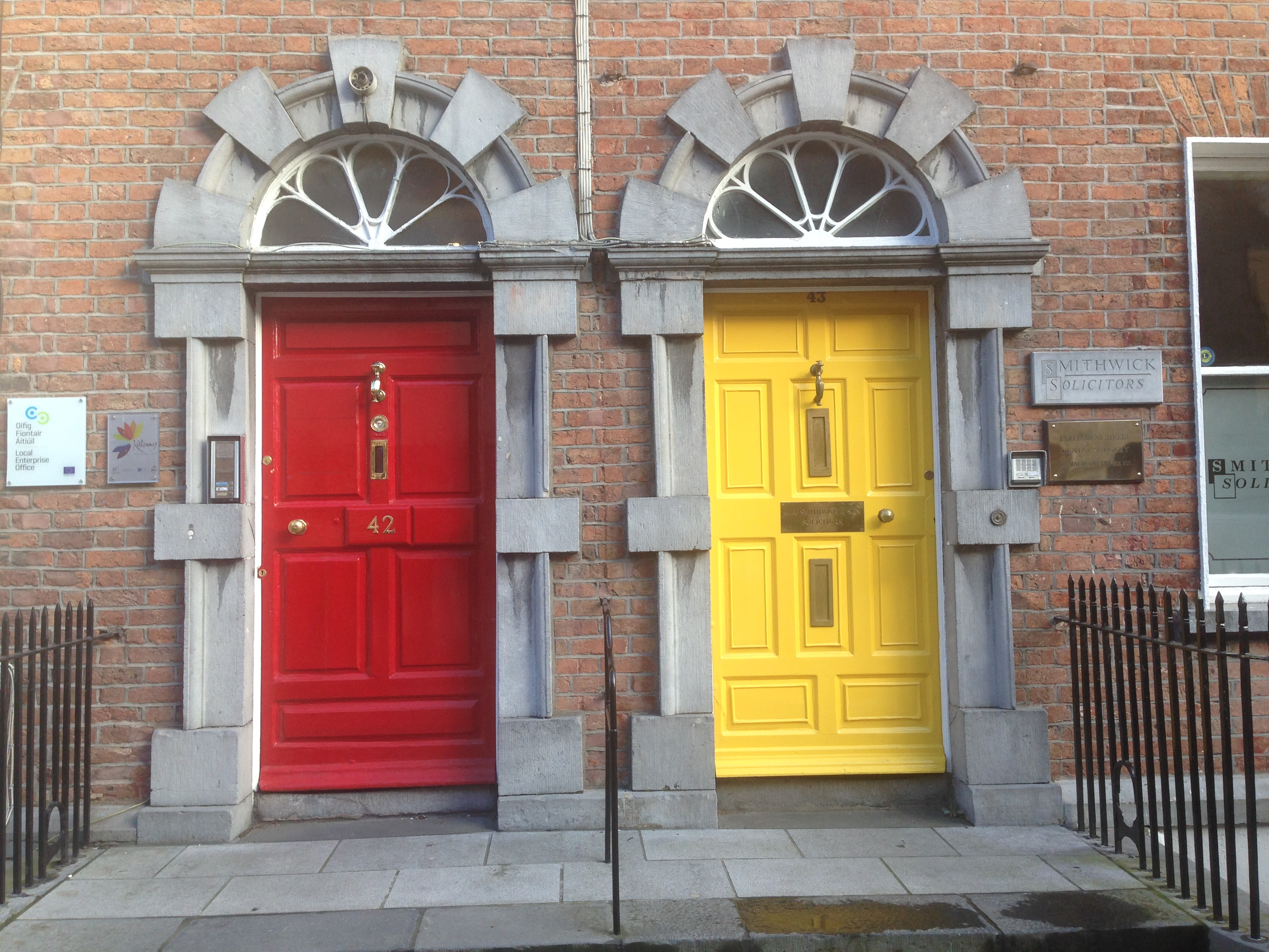 File2 Doors in Kilkenny IMG 4744.JPG & File:2 Doors in Kilkenny IMG 4744.JPG - Wikimedia Commons
