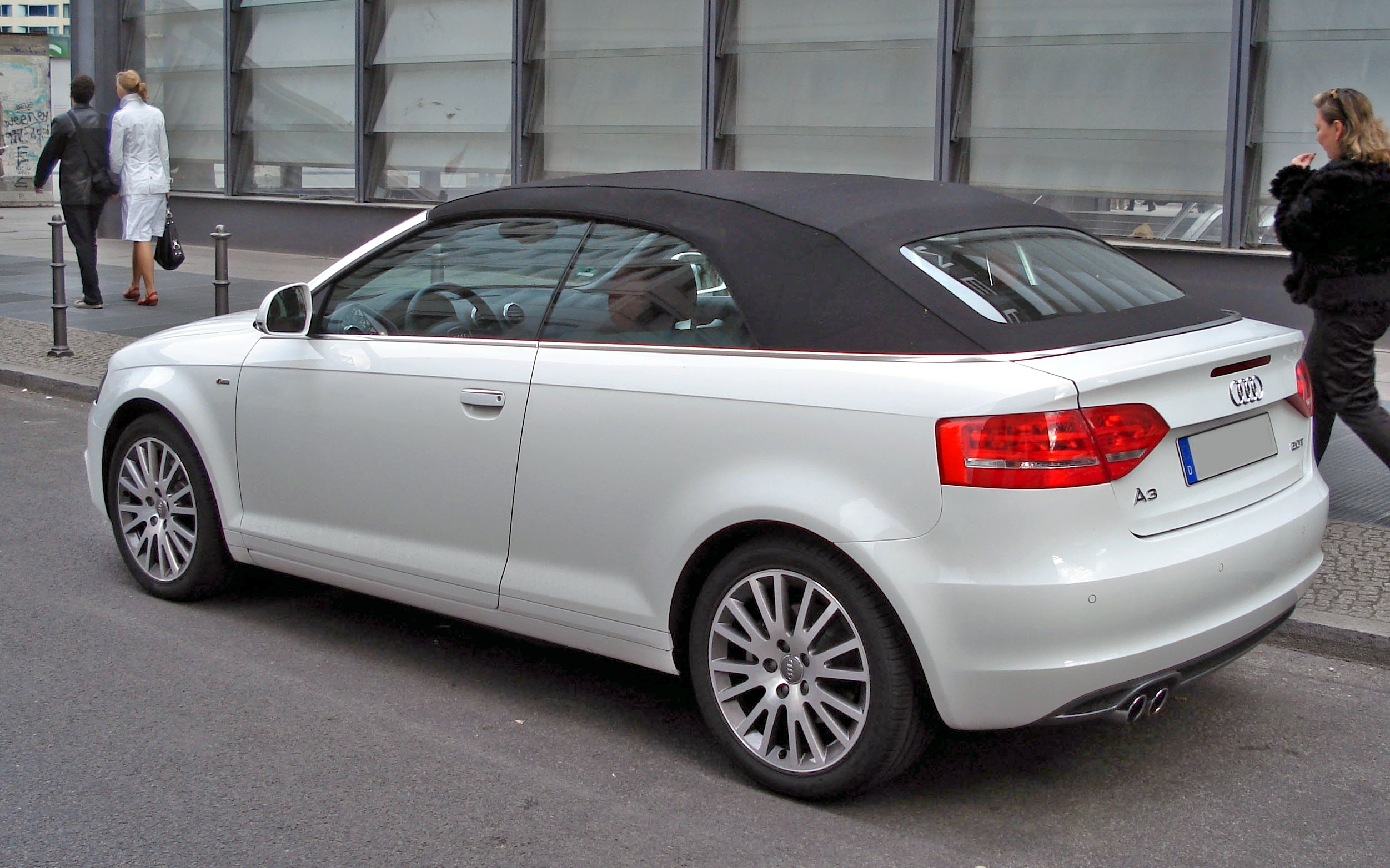 File A3 Cabrio Hl White Jpg Wikimedia Commons