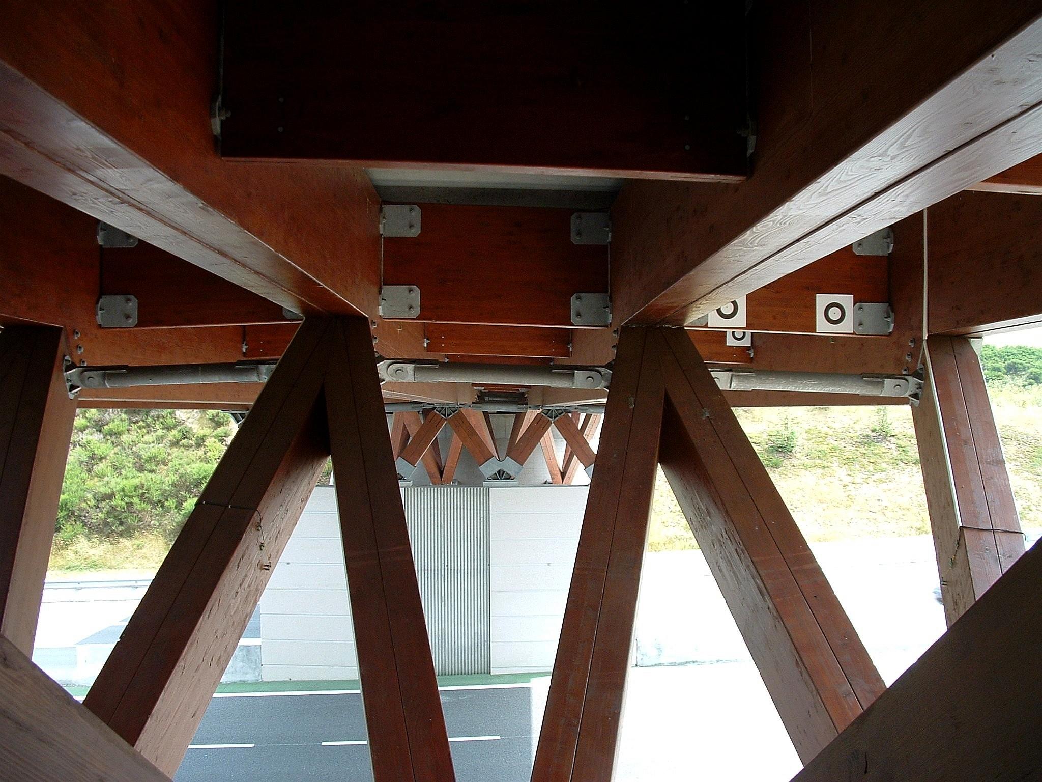 file a89 pont de l 39 aire de service de chavanon appuis. Black Bedroom Furniture Sets. Home Design Ideas