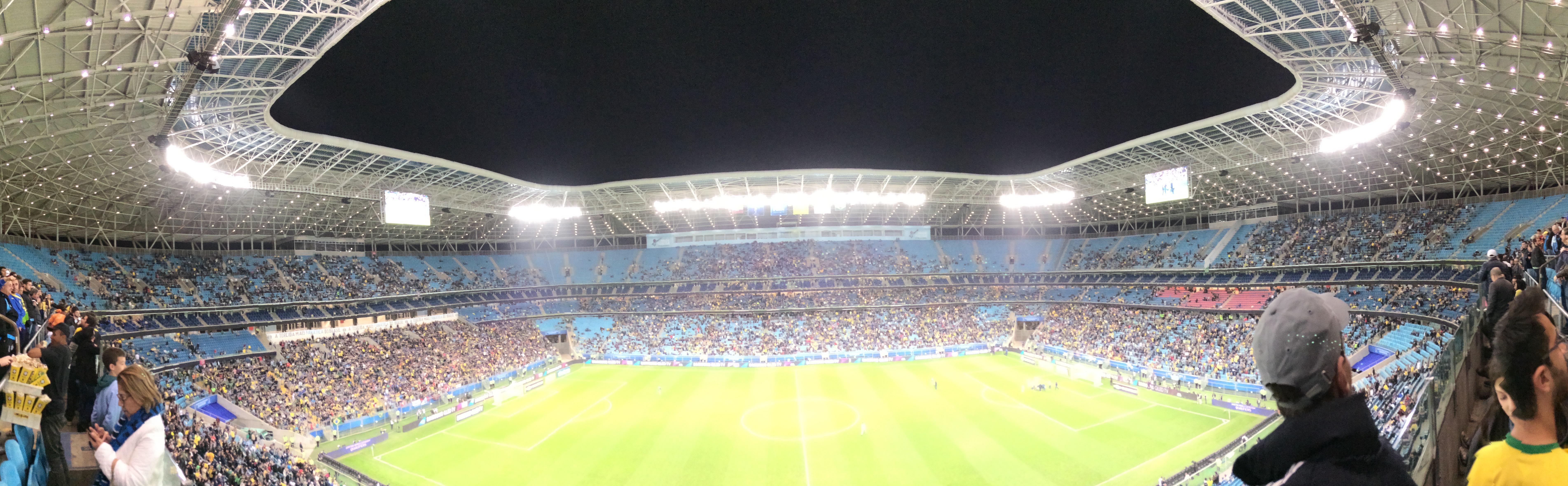 Panorama do estádio durante partida entre Brasil e Equador. 3492d5fcc24ea