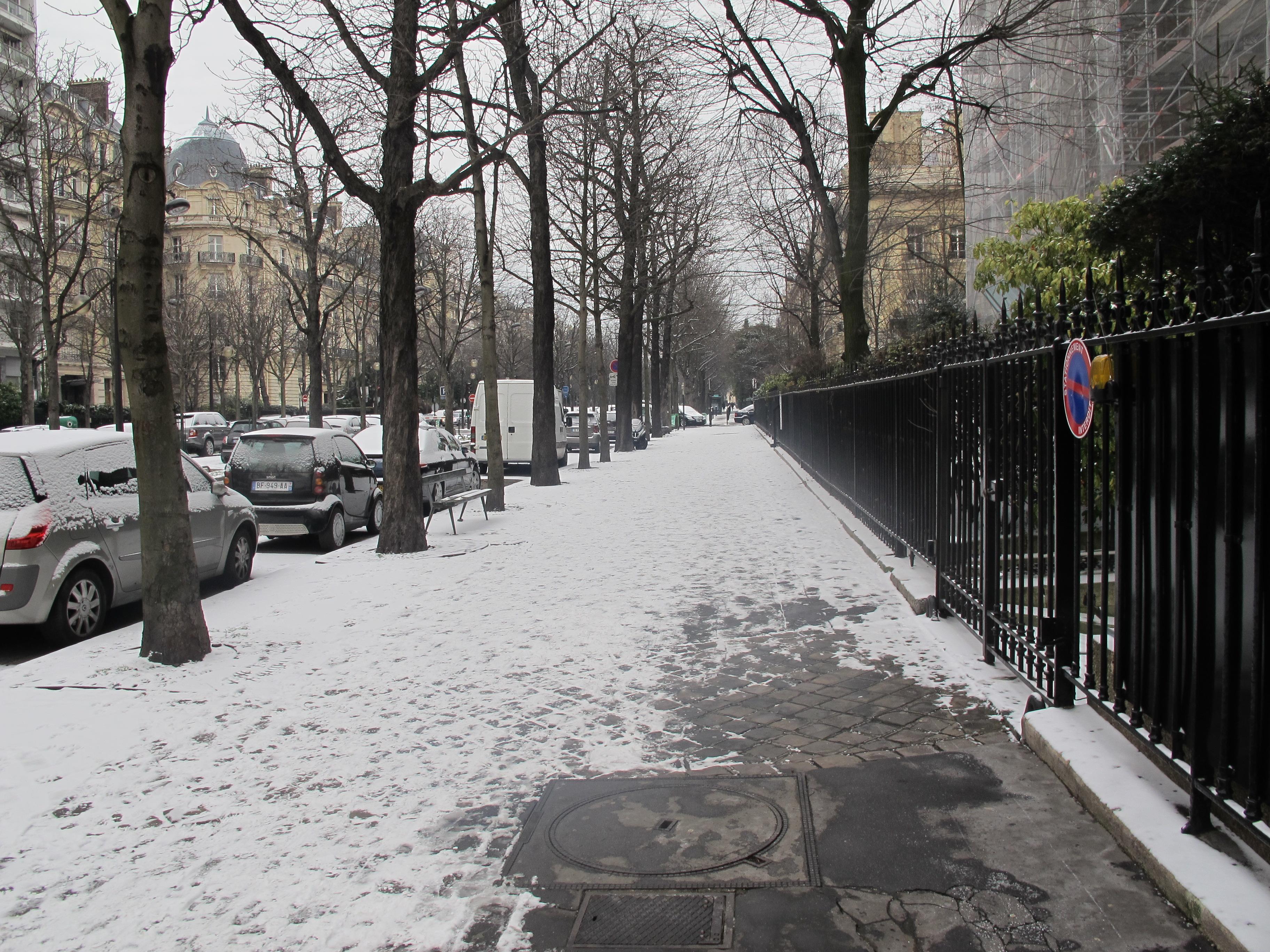 File avenue georges mandel neige paris 3 jpg wikimedia commons - Avenue georges mandel ...