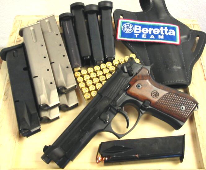 Beretta 92 vs H&K USP      9mm - Calguns net